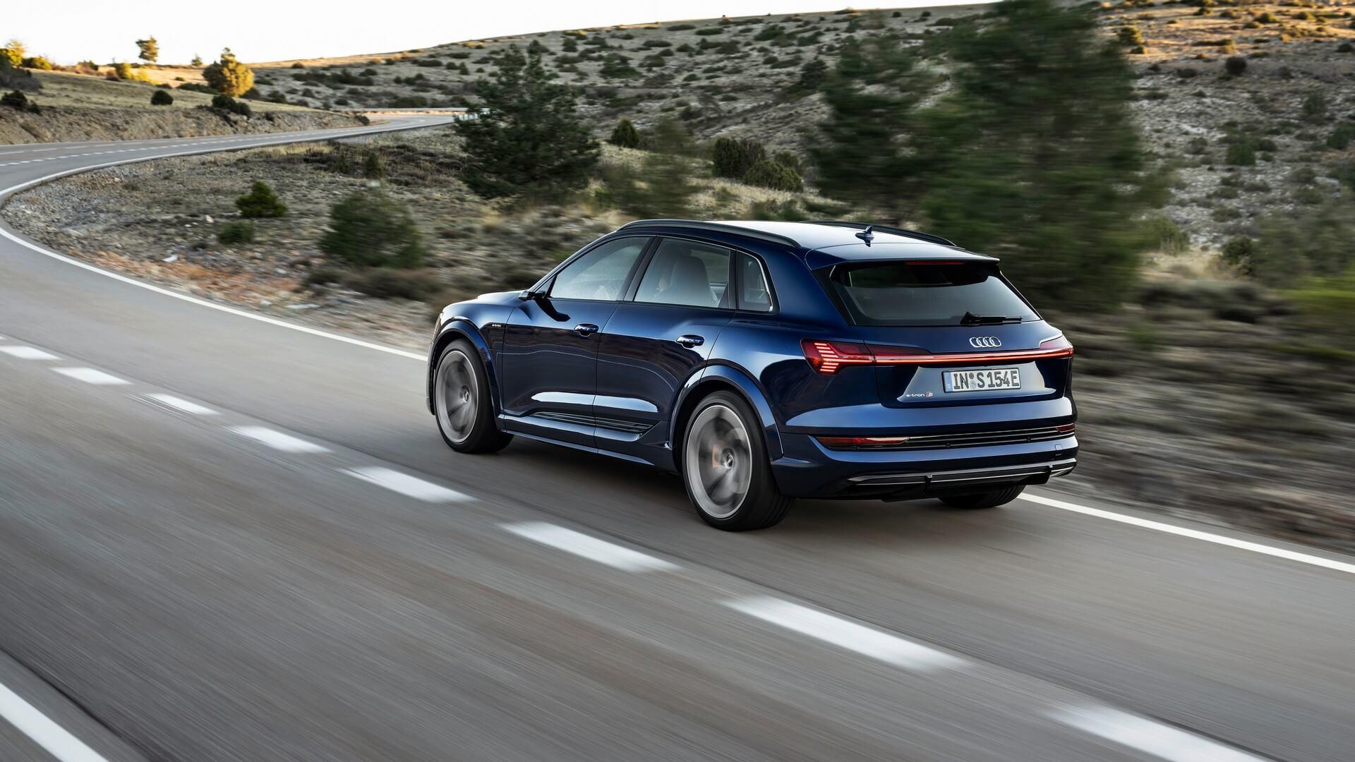 Audi-E-Tron-S-and-E-Tron-S-Sportback-2020-10