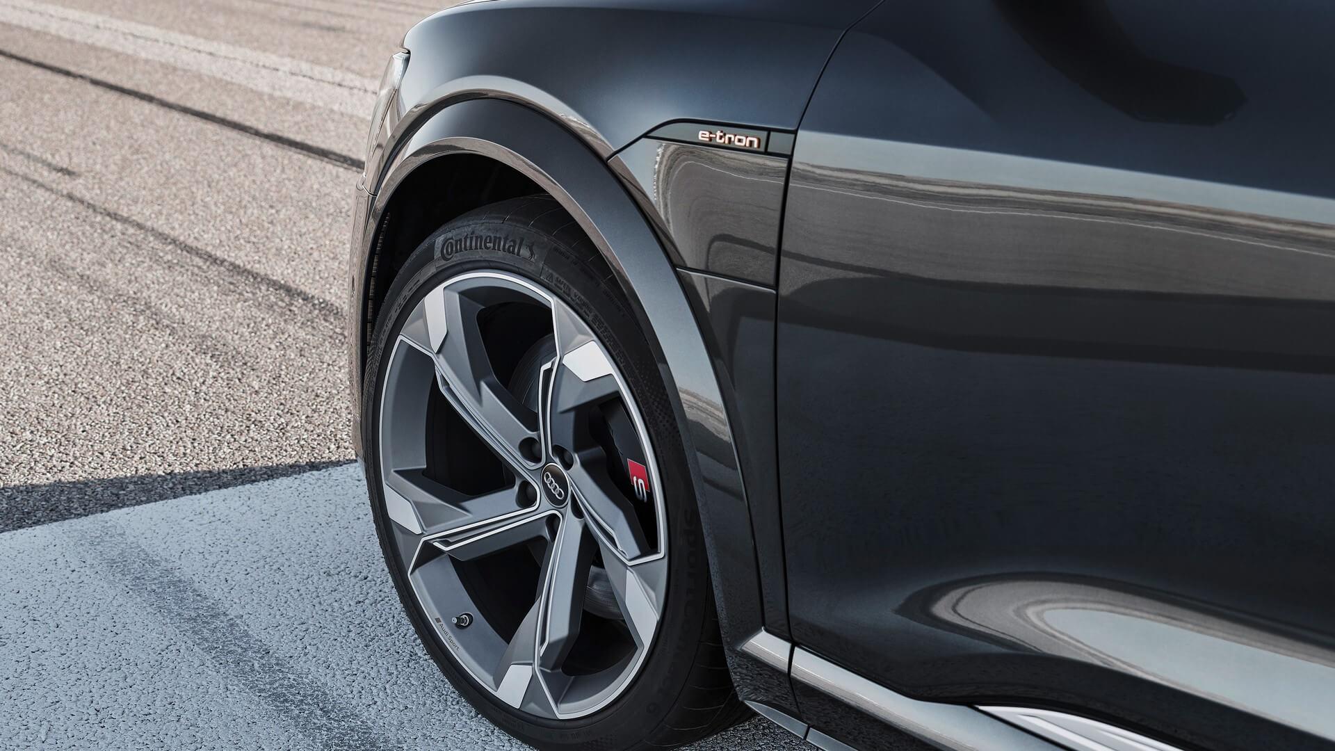 Audi-E-Tron-S-and-E-Tron-S-Sportback-2020-100