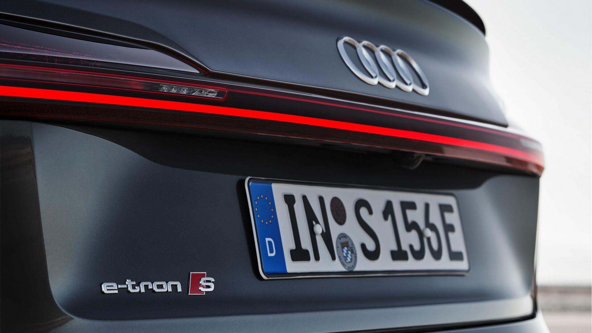 Audi-E-Tron-S-and-E-Tron-S-Sportback-2020-101