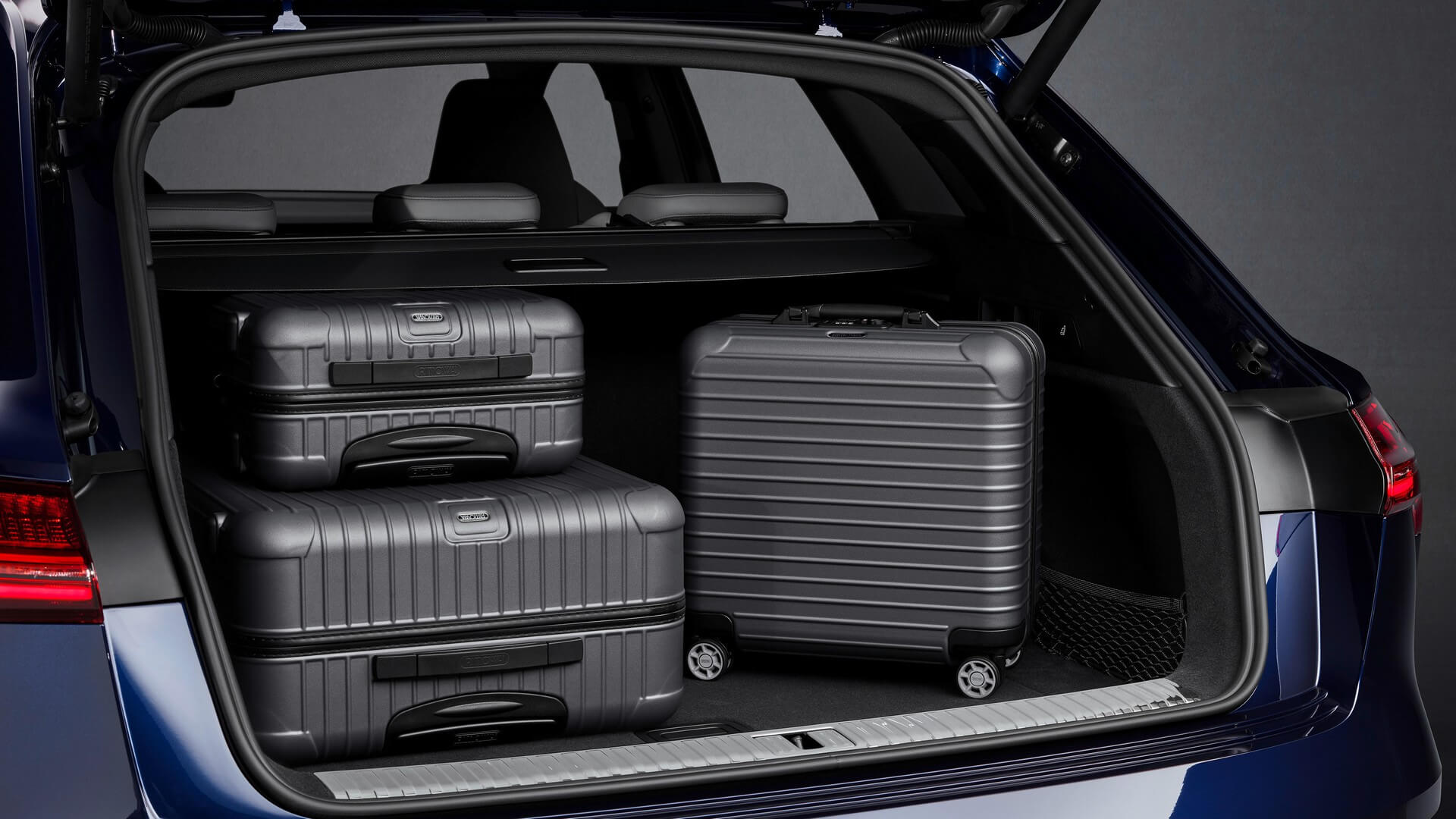 Audi-E-Tron-S-and-E-Tron-S-Sportback-2020-104