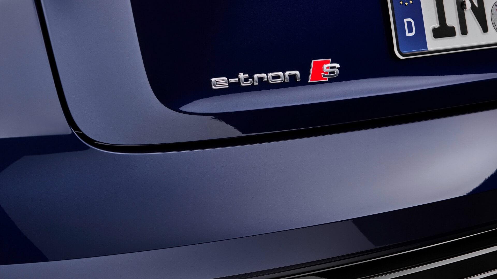 Audi-E-Tron-S-and-E-Tron-S-Sportback-2020-110