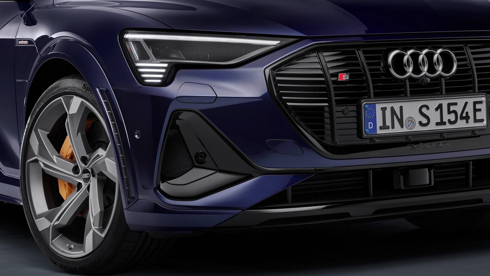 Audi-E-Tron-S-and-E-Tron-S-Sportback-2020-112
