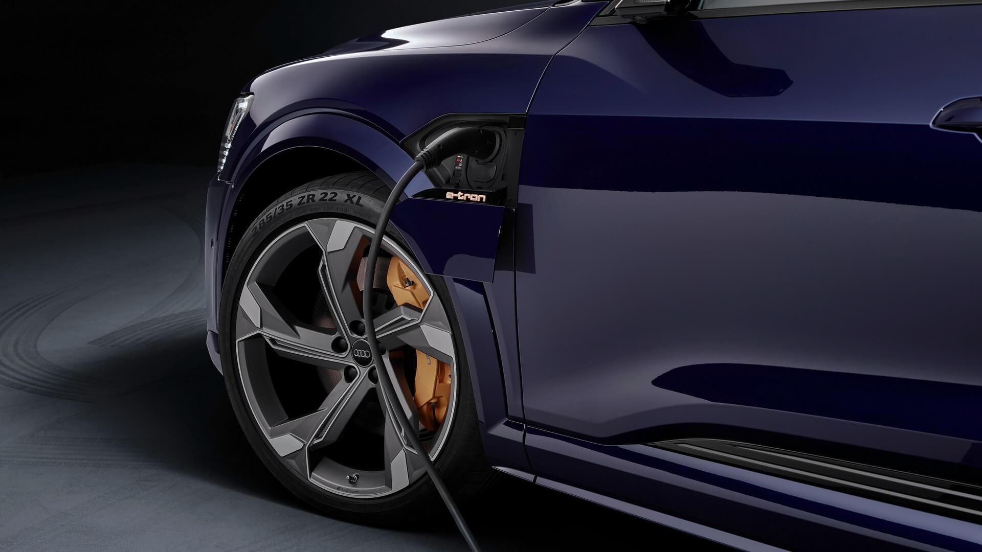 Audi-E-Tron-S-and-E-Tron-S-Sportback-2020-116