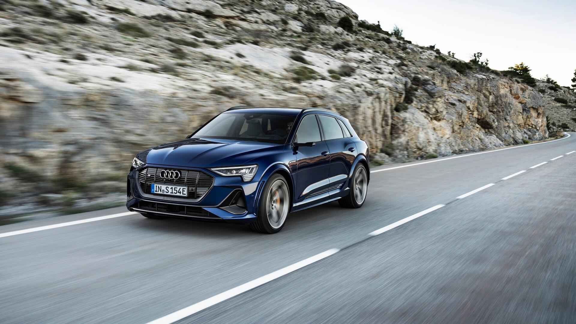 Audi-E-Tron-S-and-E-Tron-S-Sportback-2020-12
