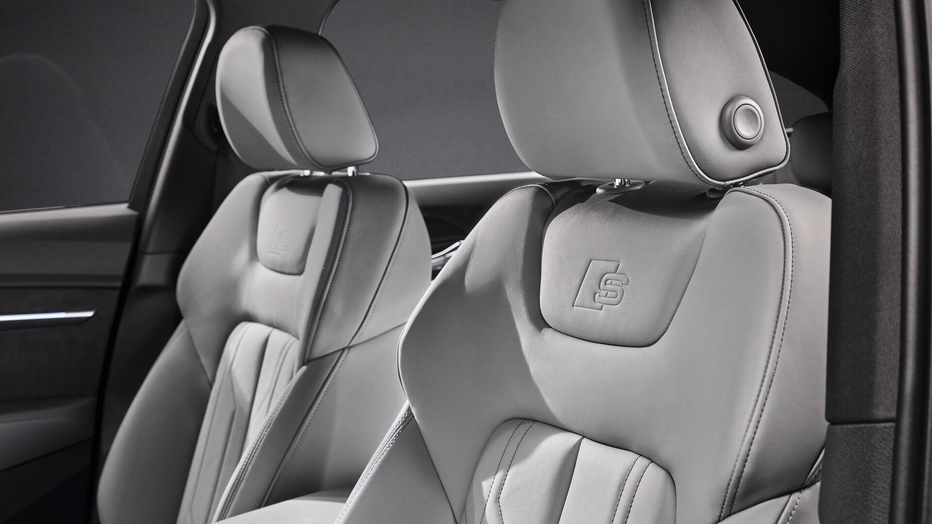 Audi-E-Tron-S-and-E-Tron-S-Sportback-2020-121