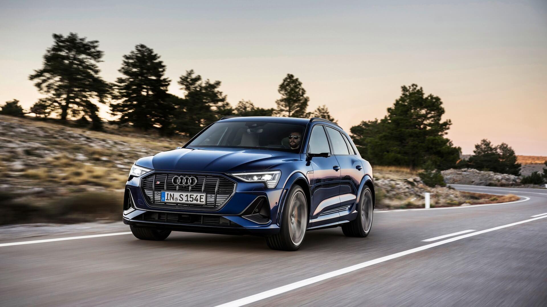 Audi-E-Tron-S-and-E-Tron-S-Sportback-2020-16