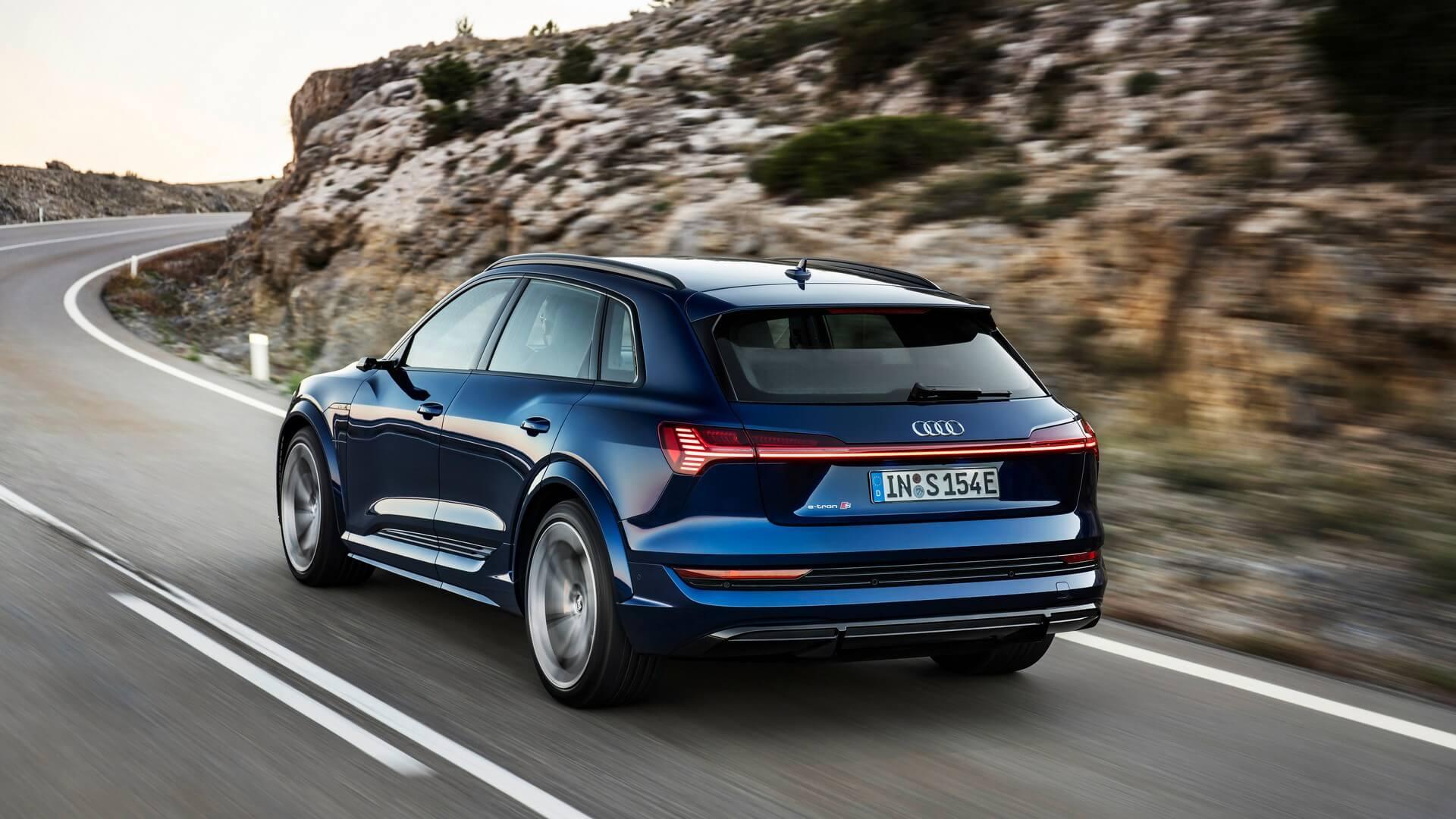Audi-E-Tron-S-and-E-Tron-S-Sportback-2020-17