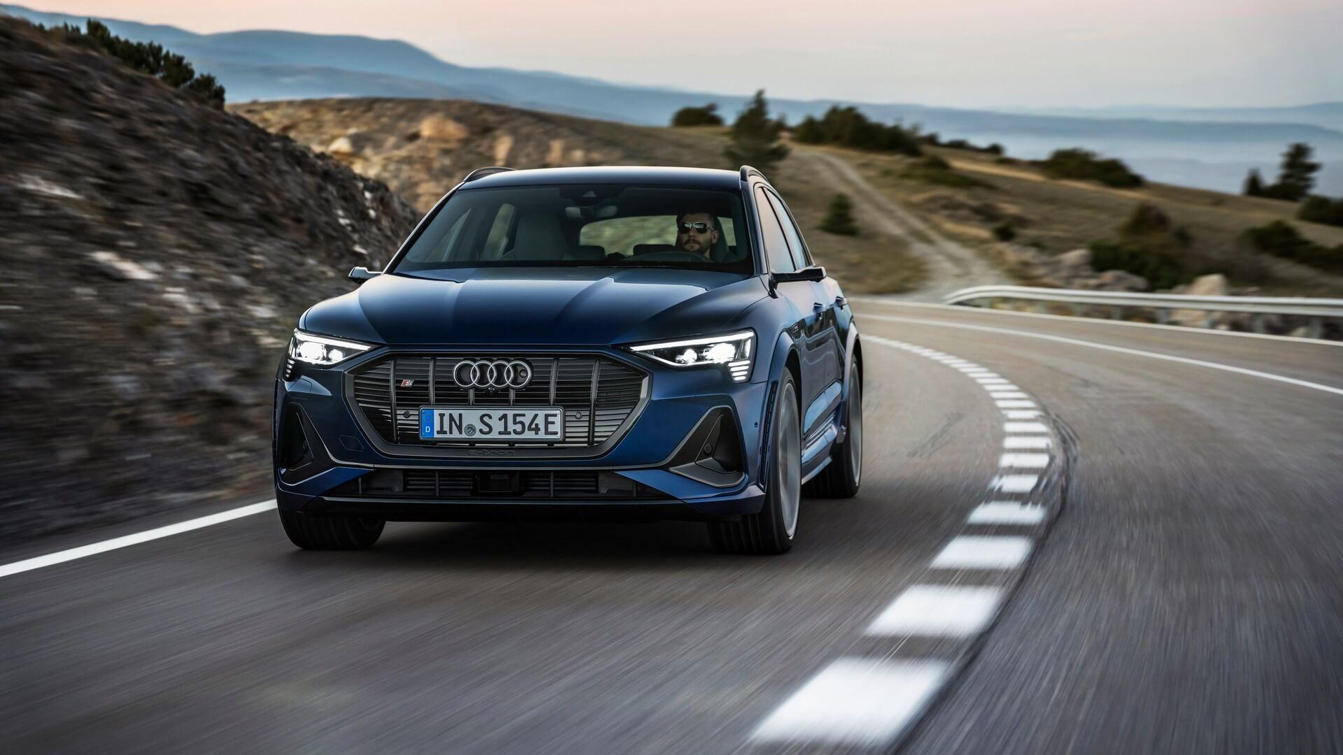 Audi-E-Tron-S-and-E-Tron-S-Sportback-2020-20