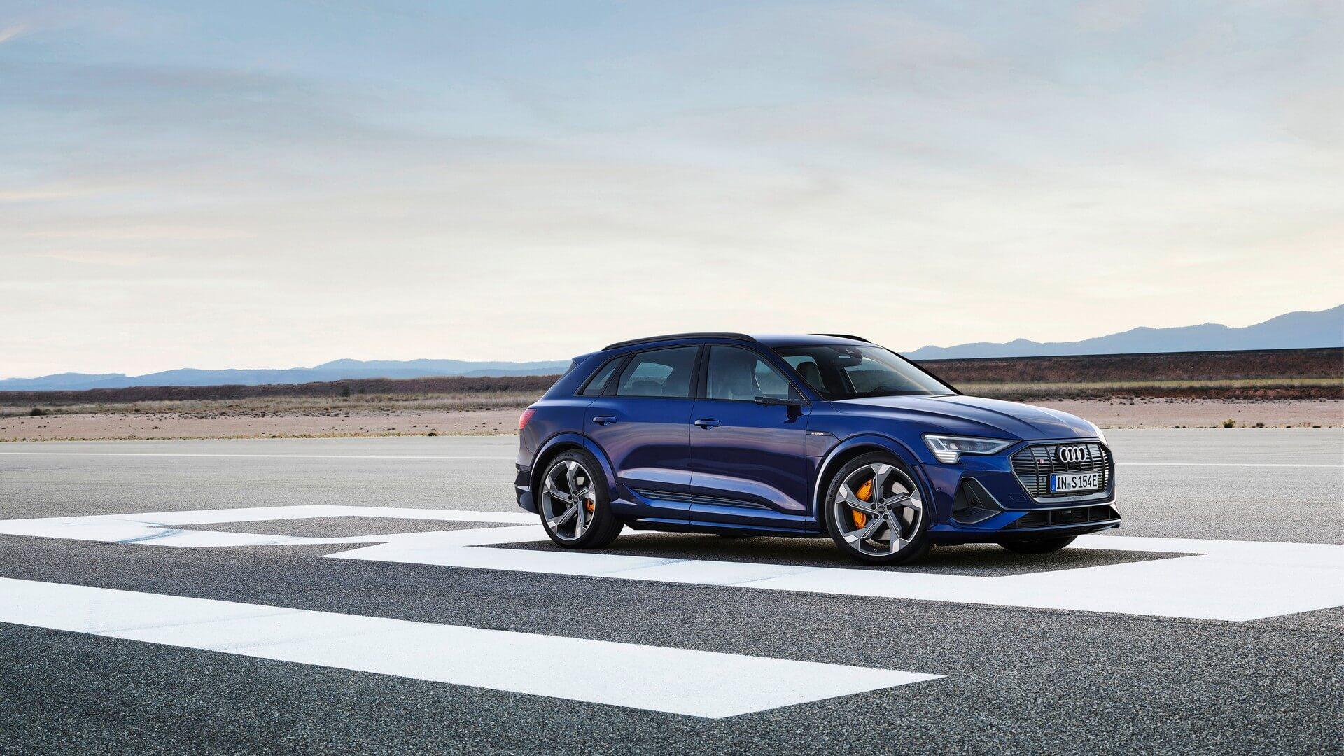 Audi-E-Tron-S-and-E-Tron-S-Sportback-2020-22