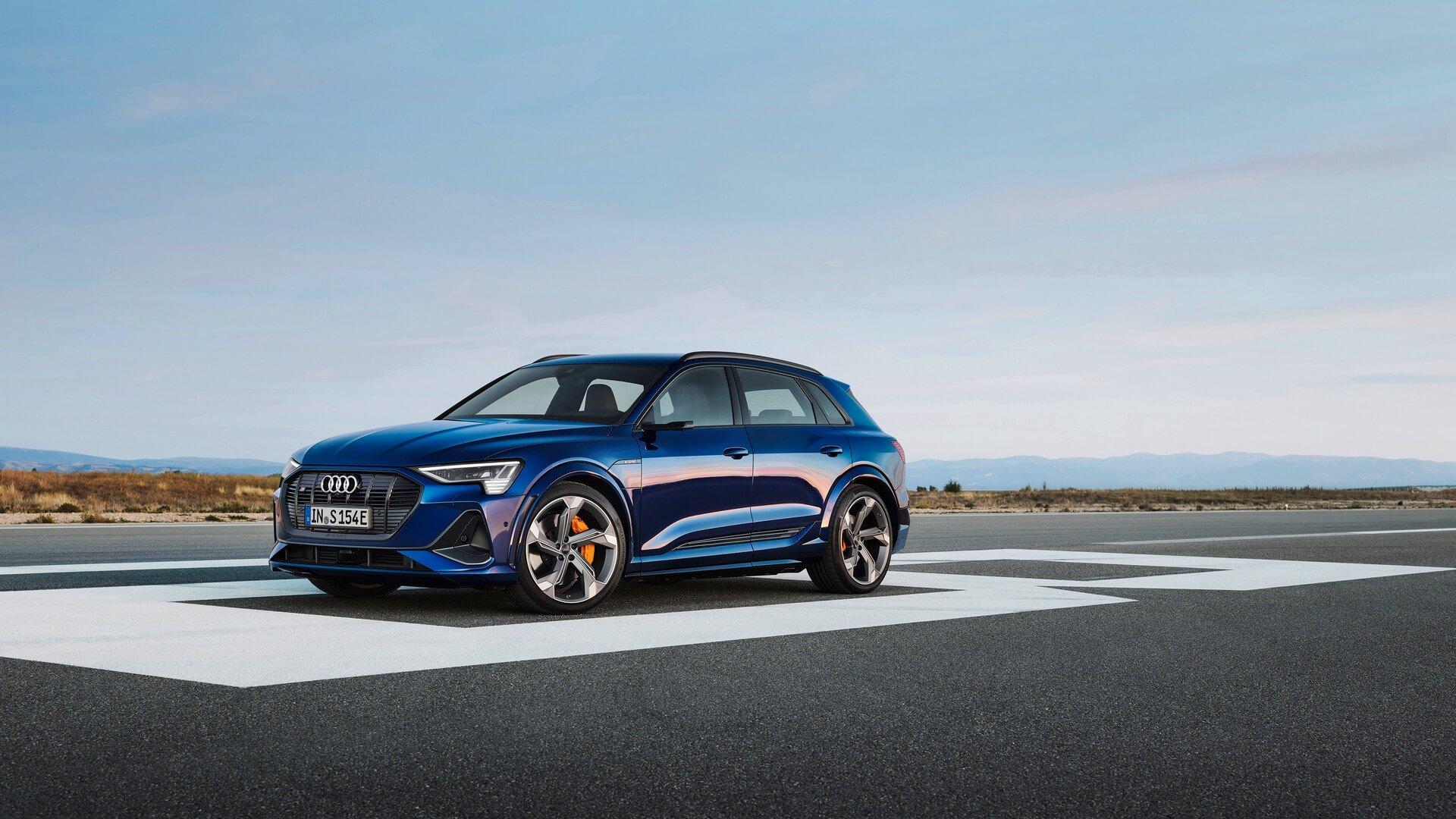 Audi-E-Tron-S-and-E-Tron-S-Sportback-2020-25