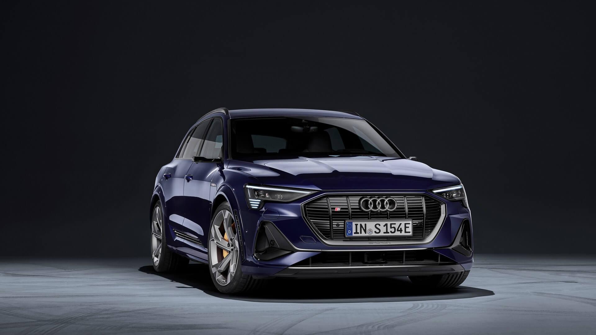 Audi-E-Tron-S-and-E-Tron-S-Sportback-2020-29