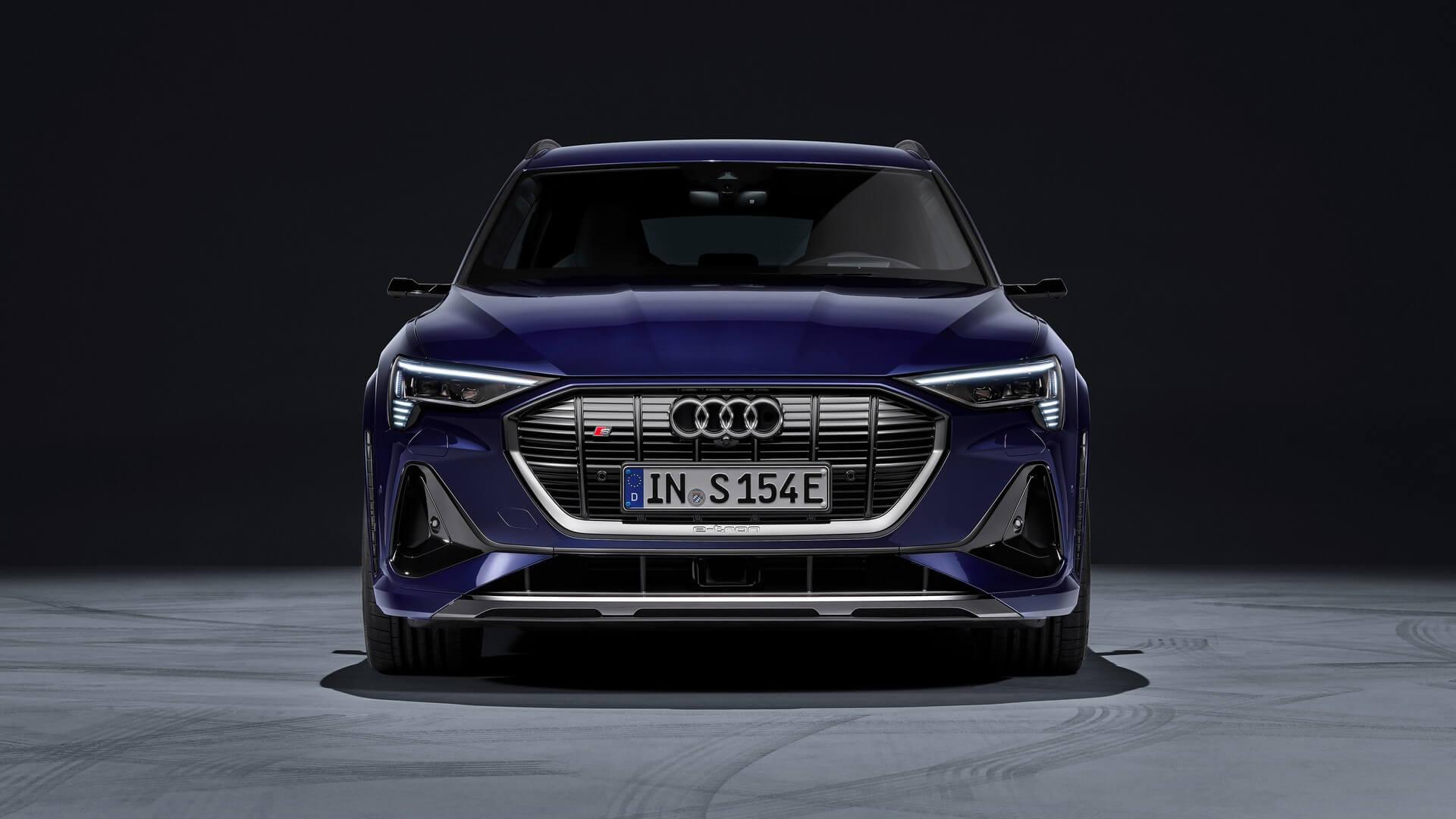 Audi-E-Tron-S-and-E-Tron-S-Sportback-2020-30