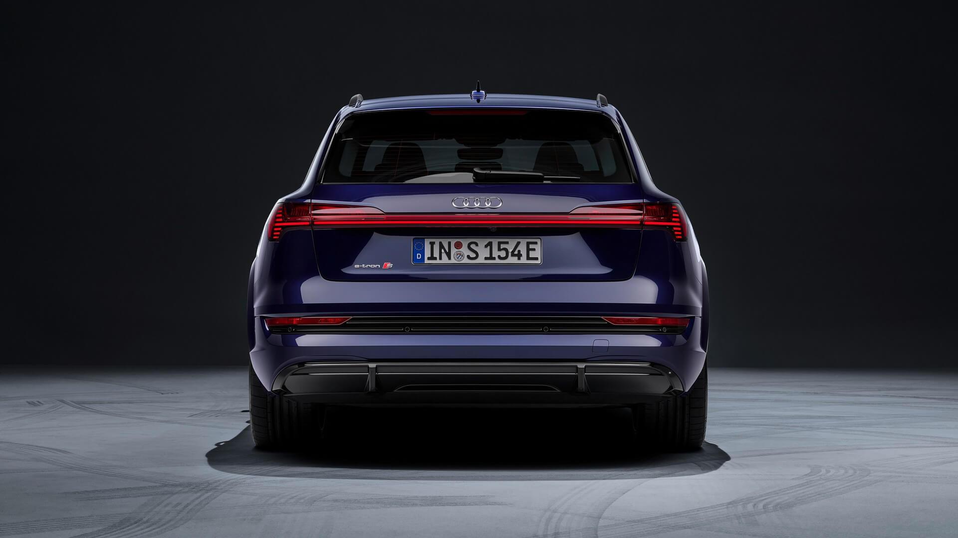 Audi-E-Tron-S-and-E-Tron-S-Sportback-2020-31