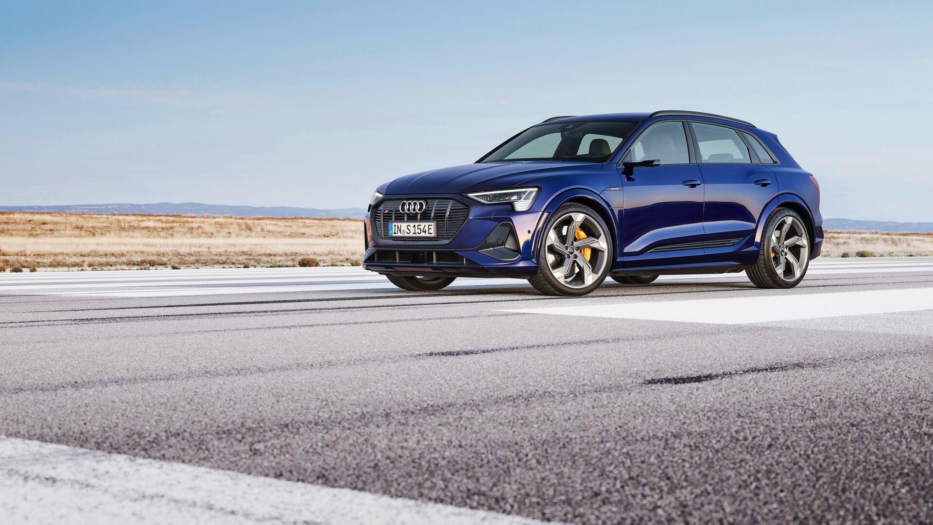 Audi-E-Tron-S-and-E-Tron-S-Sportback-2020-34