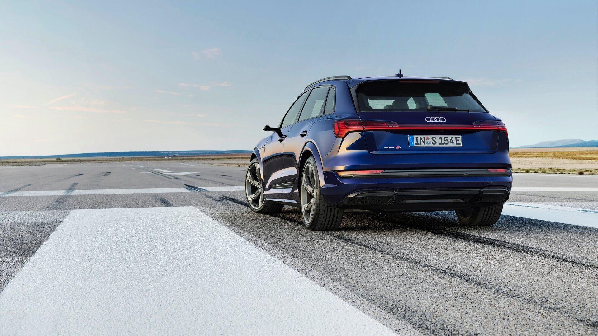 Audi-E-Tron-S-and-E-Tron-S-Sportback-2020-36