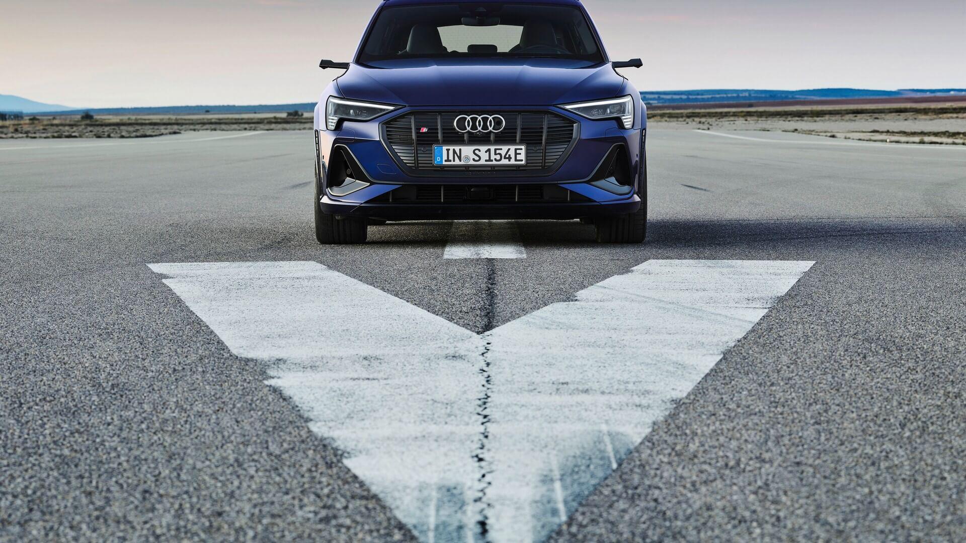 Audi-E-Tron-S-and-E-Tron-S-Sportback-2020-37