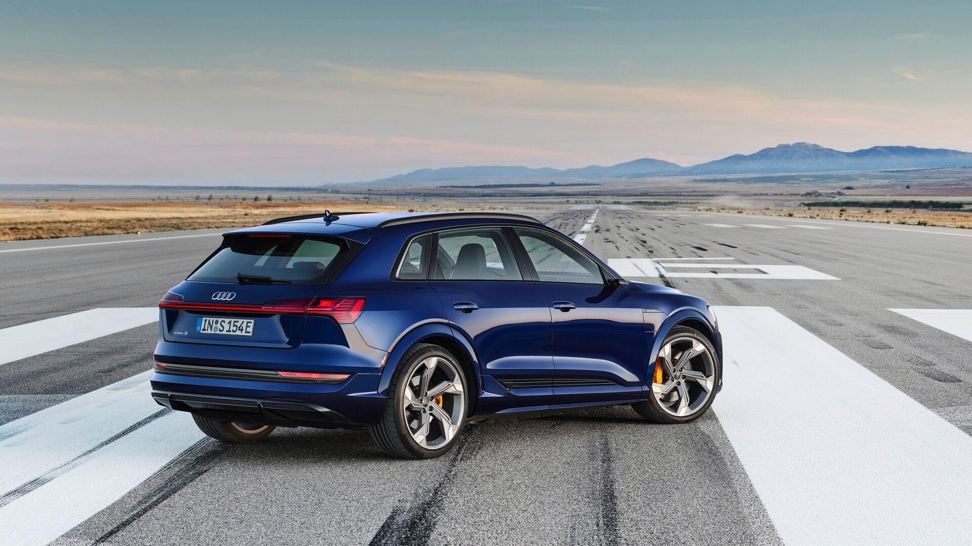 Audi-E-Tron-S-and-E-Tron-S-Sportback-2020-39