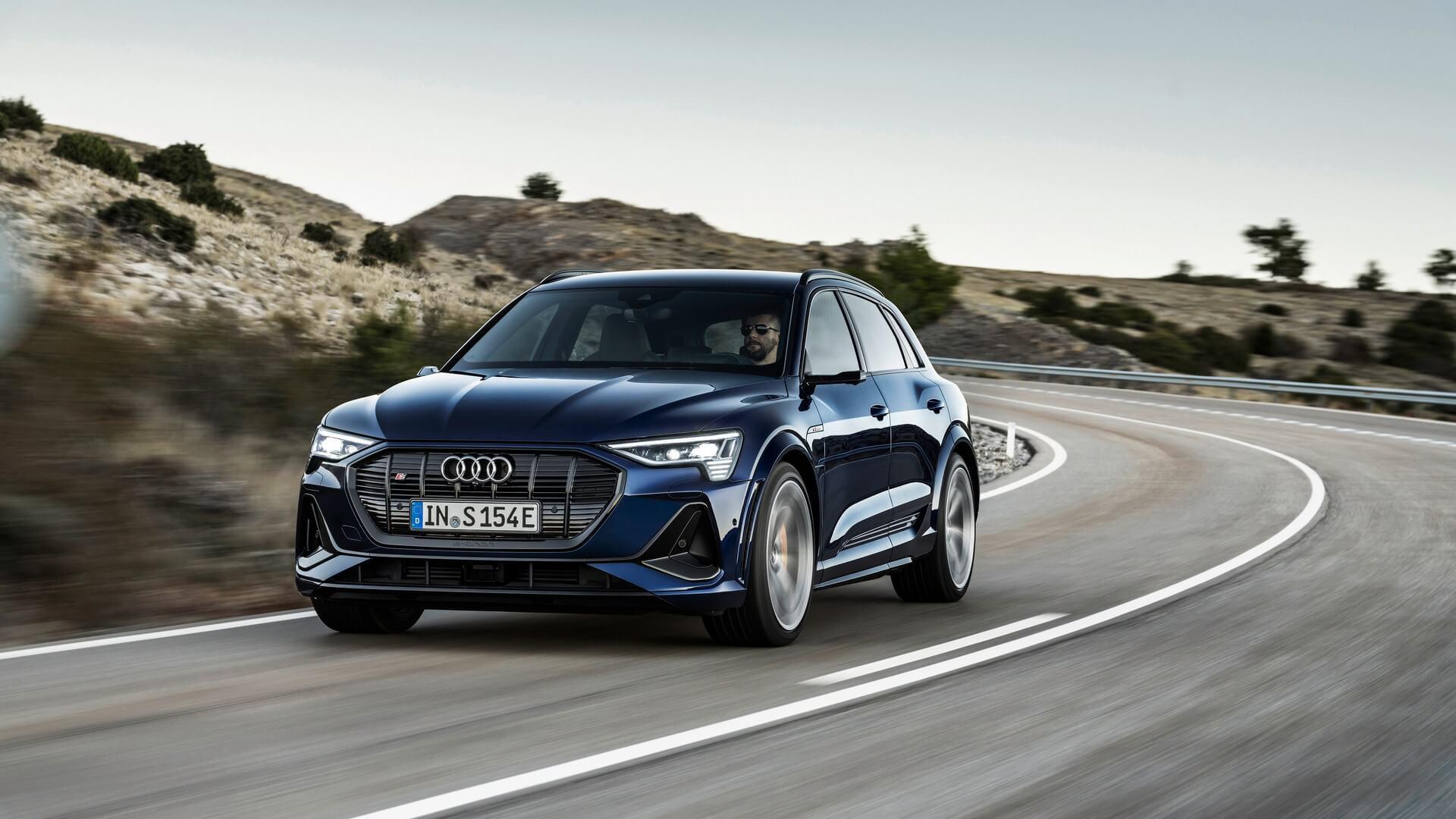 Audi-E-Tron-S-and-E-Tron-S-Sportback-2020-4