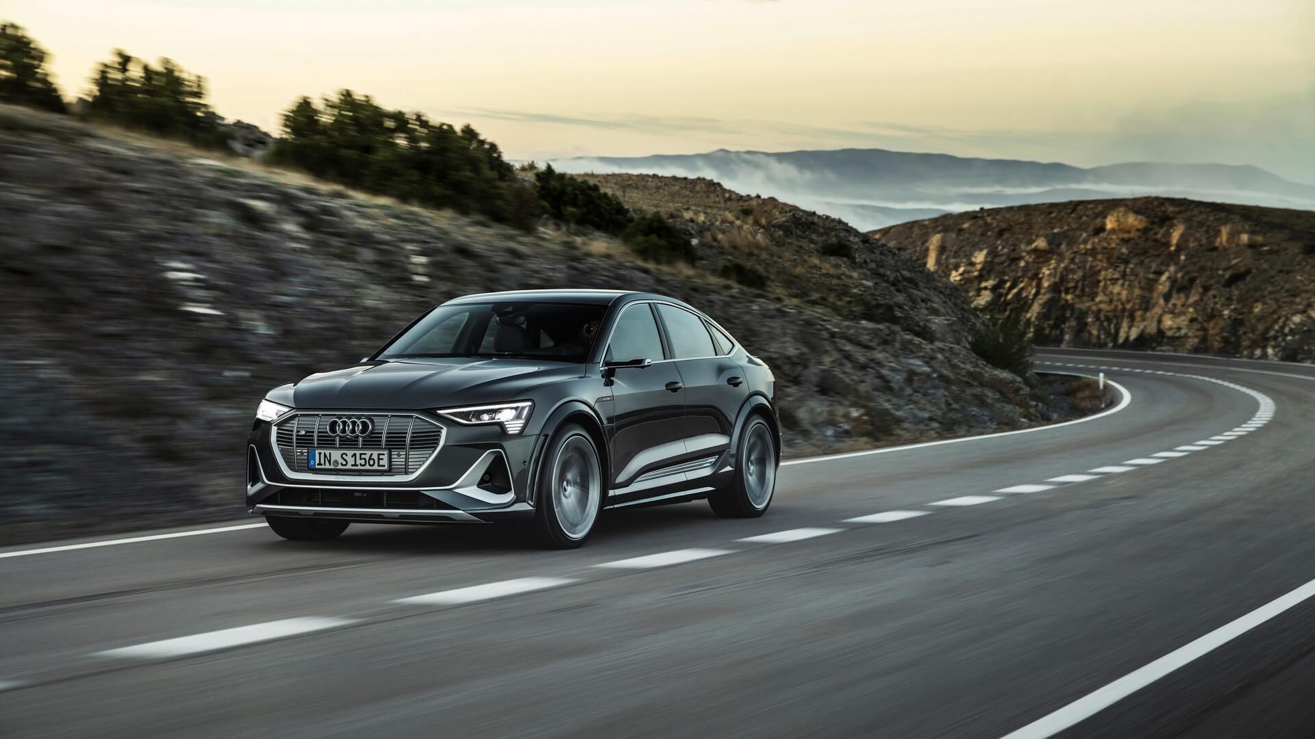 Audi-E-Tron-S-and-E-Tron-S-Sportback-2020-42