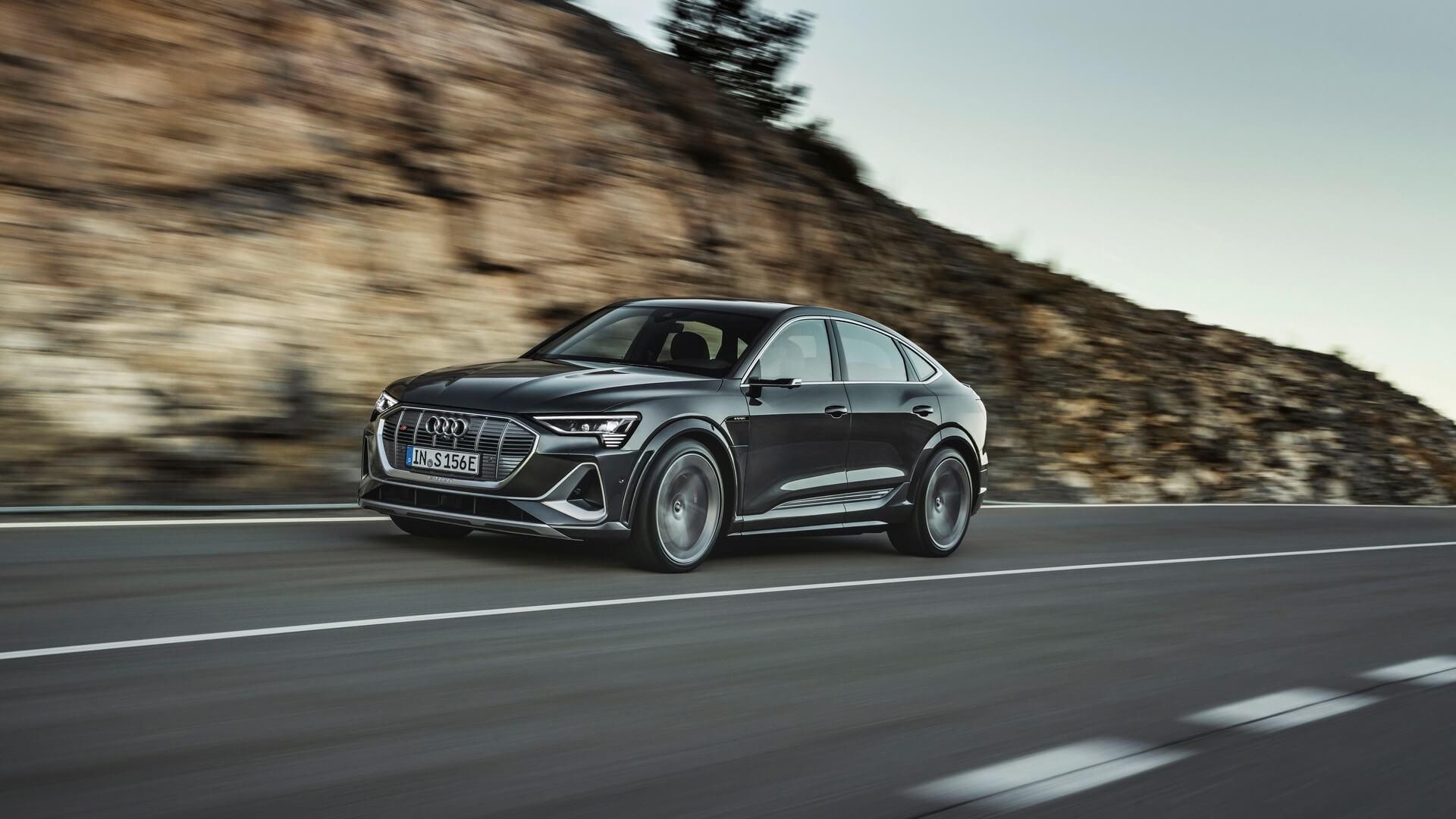 Audi-E-Tron-S-and-E-Tron-S-Sportback-2020-44