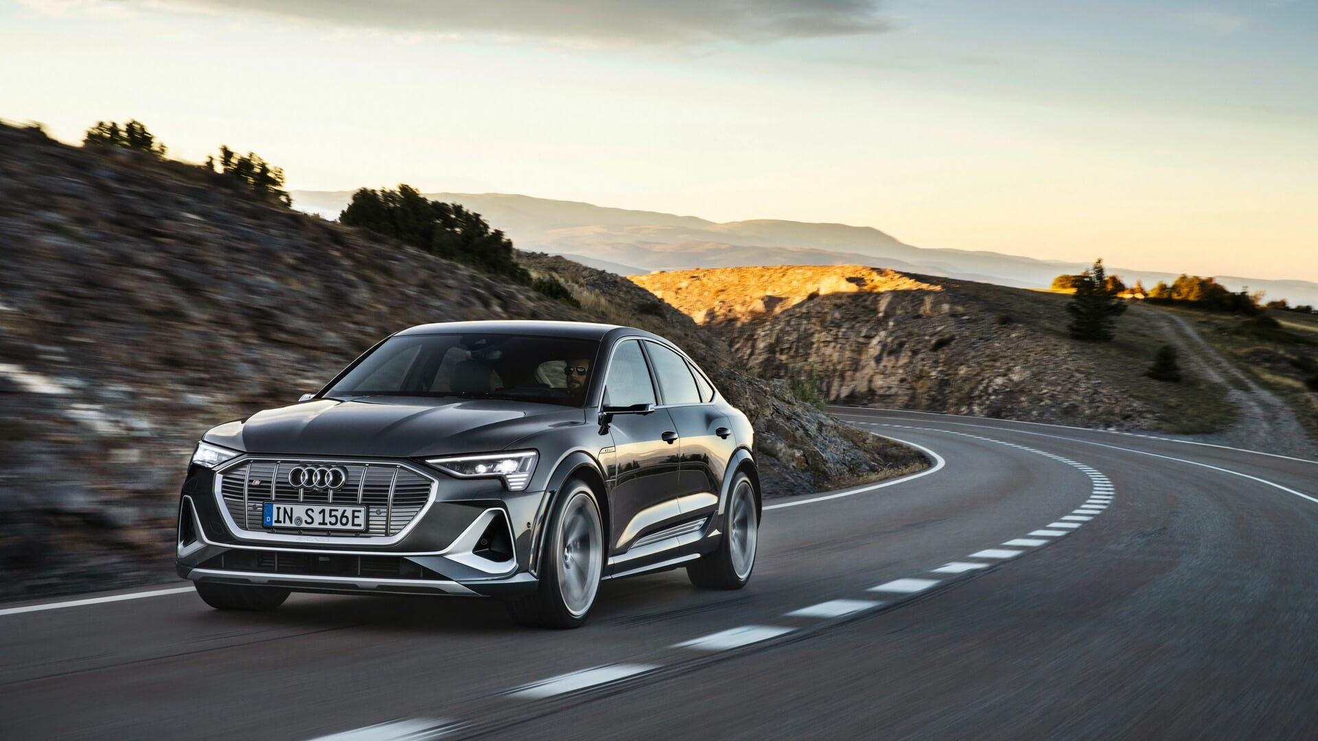 Audi-E-Tron-S-and-E-Tron-S-Sportback-2020-48