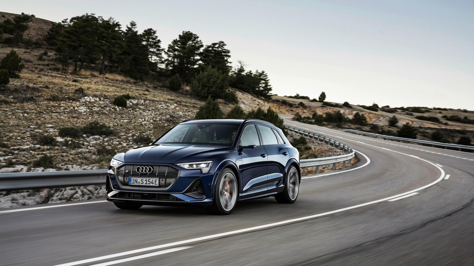Audi-E-Tron-S-and-E-Tron-S-Sportback-2020-5