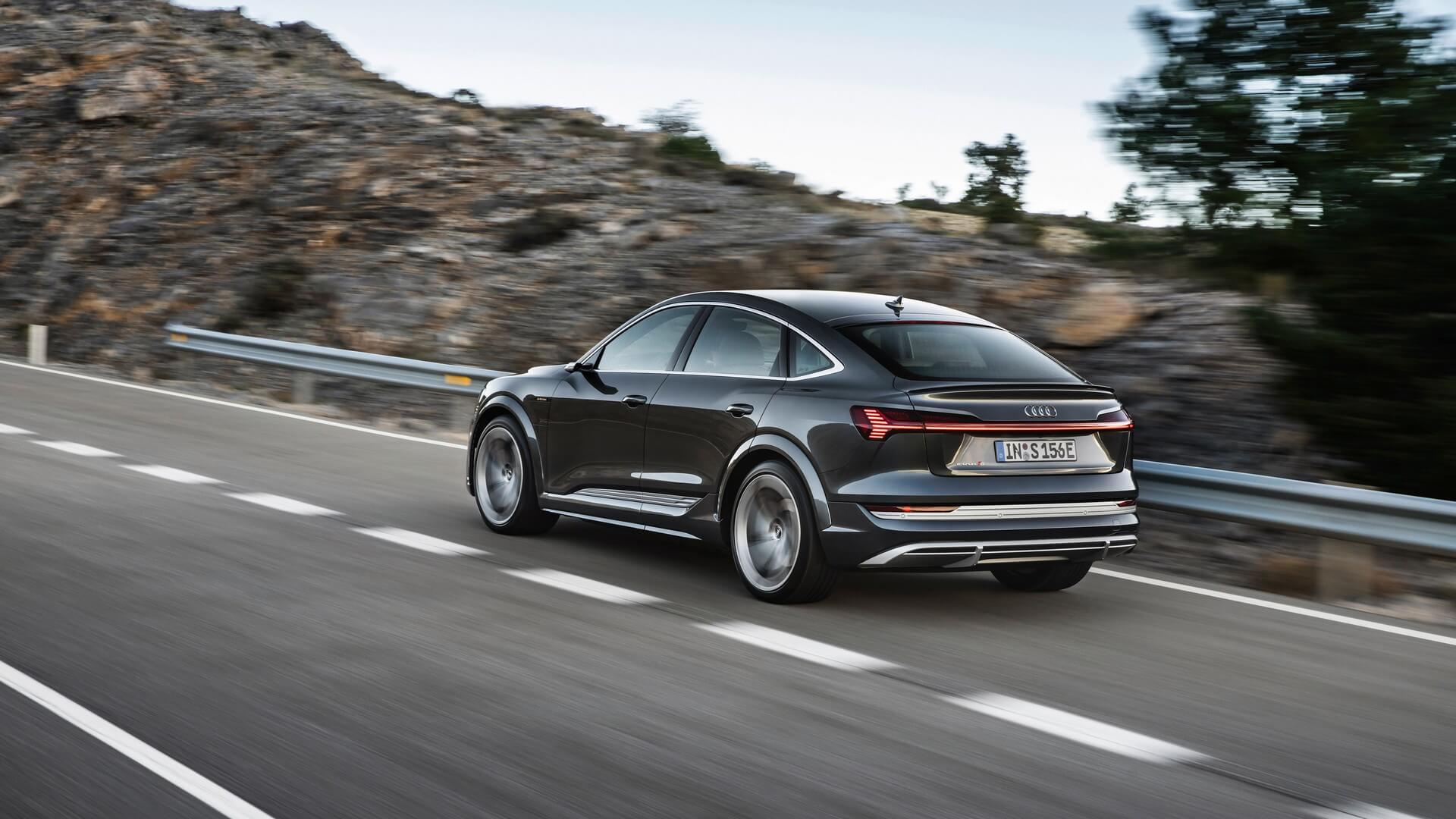 Audi-E-Tron-S-and-E-Tron-S-Sportback-2020-50