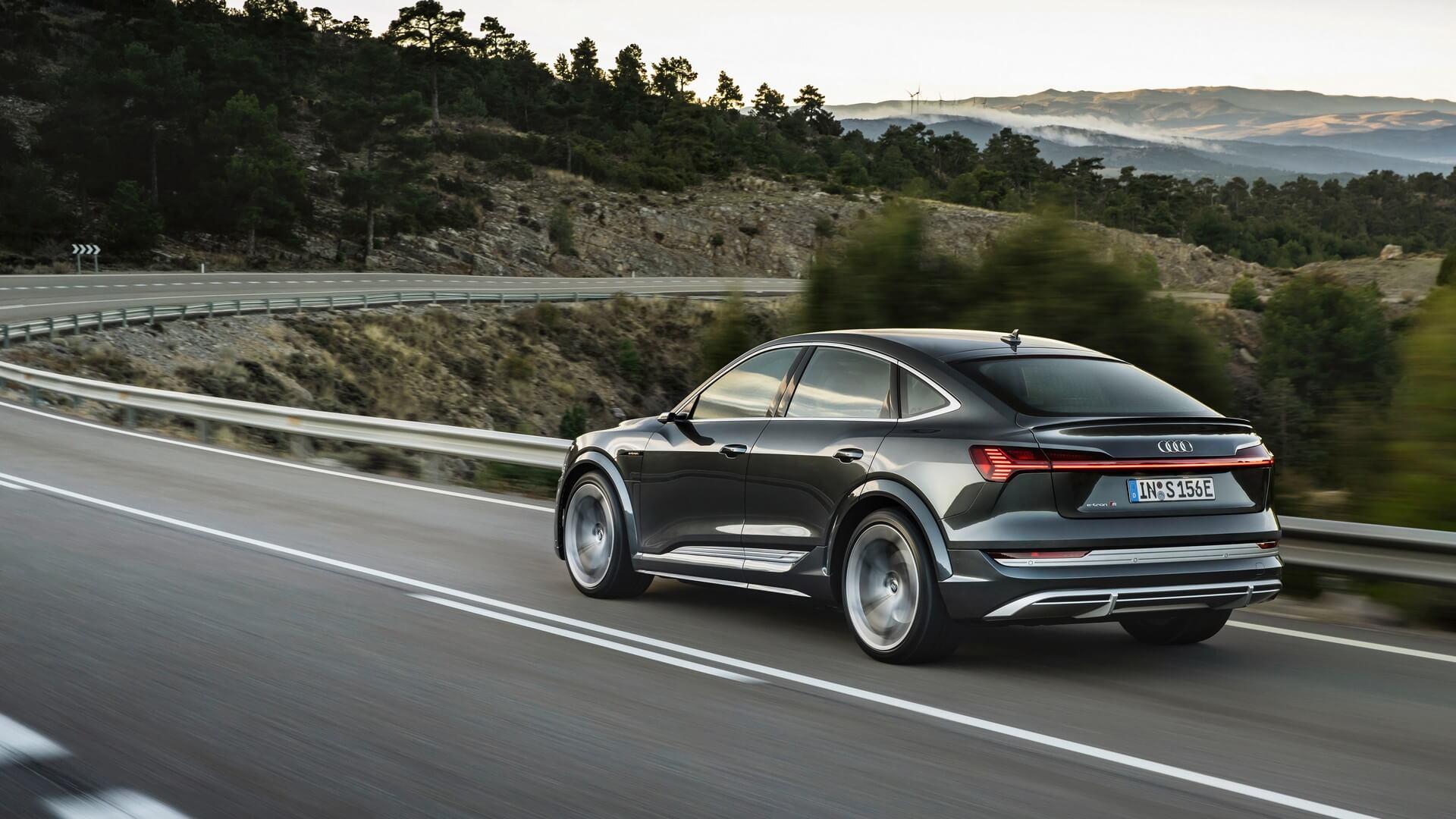 Audi-E-Tron-S-and-E-Tron-S-Sportback-2020-52