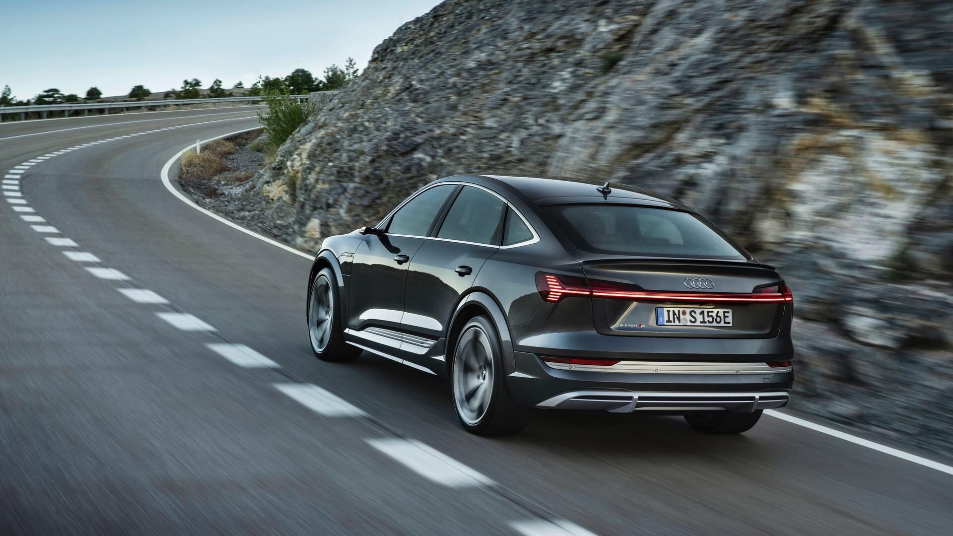 Audi-E-Tron-S-and-E-Tron-S-Sportback-2020-55