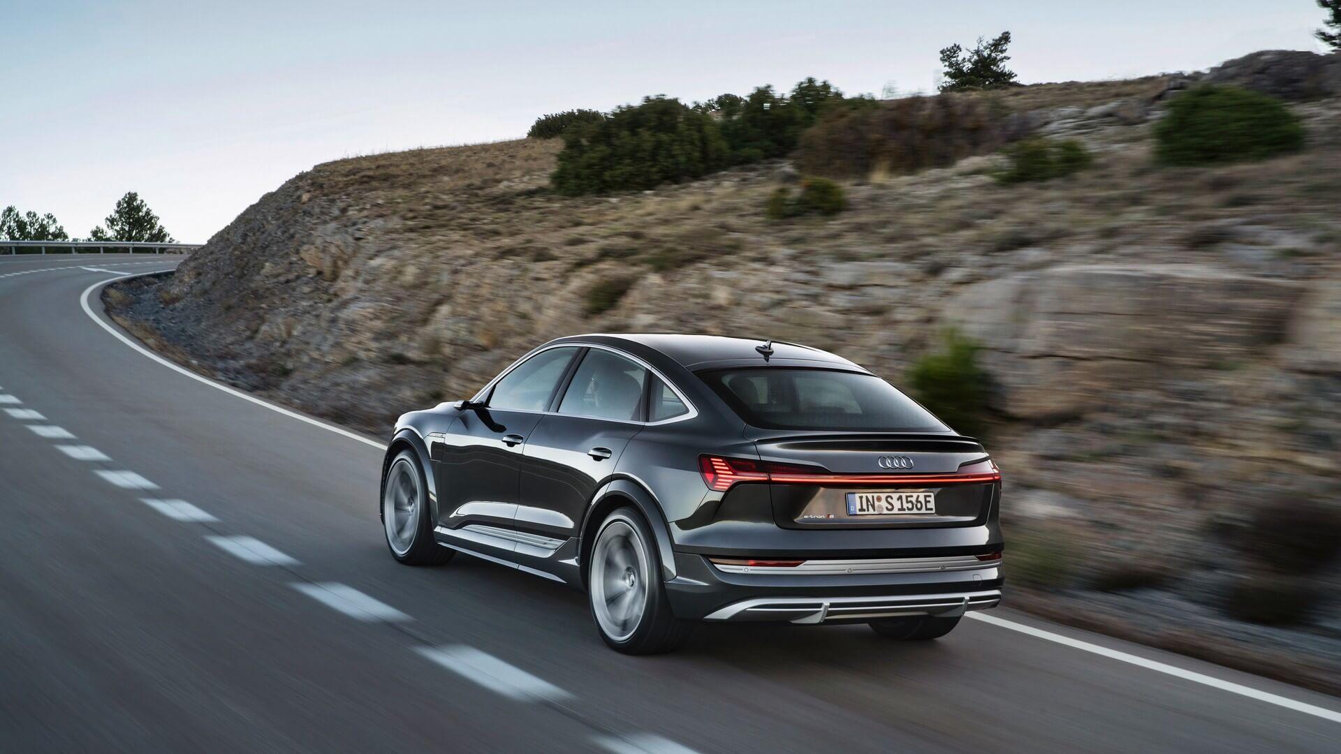 Audi-E-Tron-S-and-E-Tron-S-Sportback-2020-57