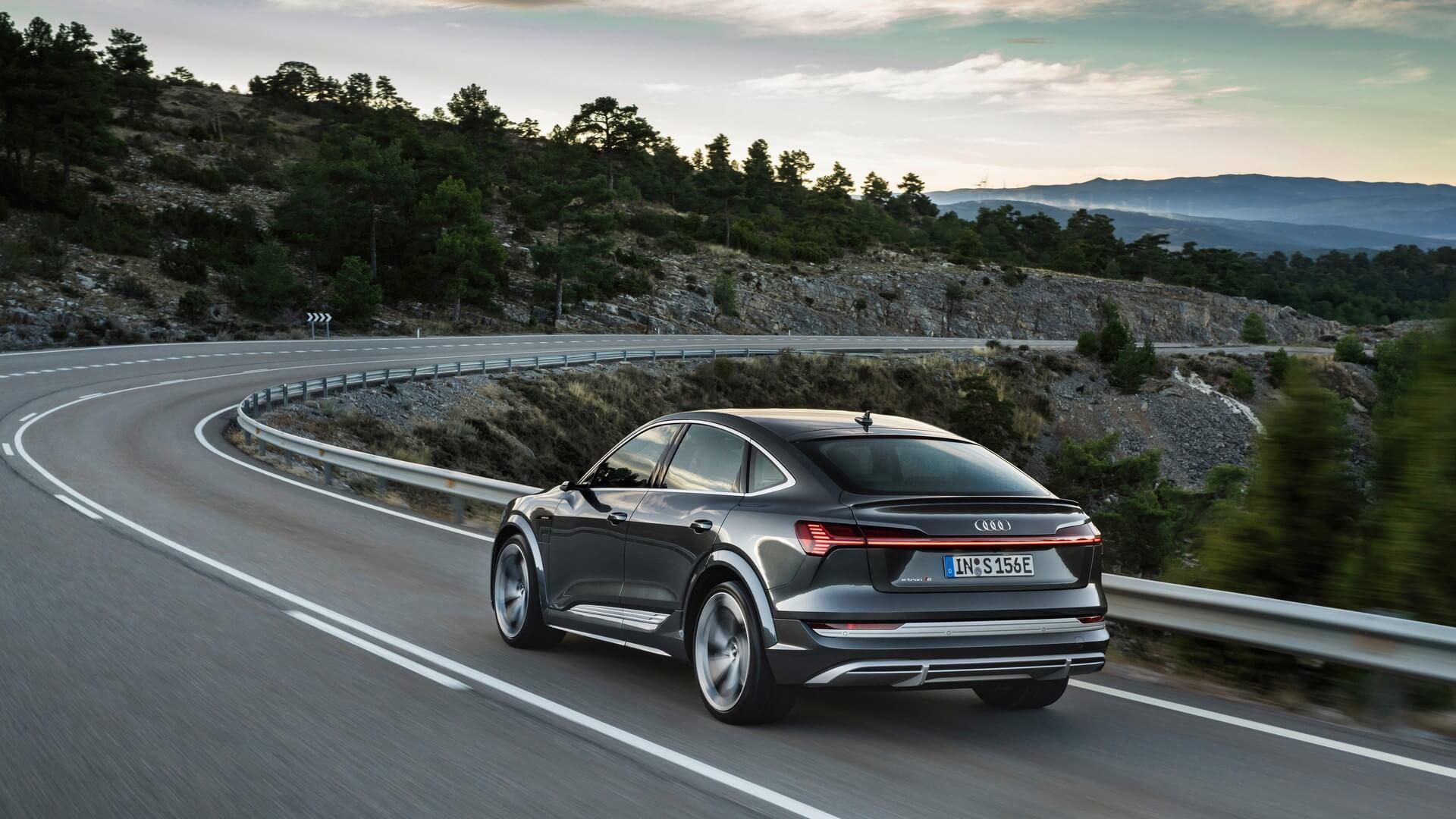 Audi-E-Tron-S-and-E-Tron-S-Sportback-2020-58