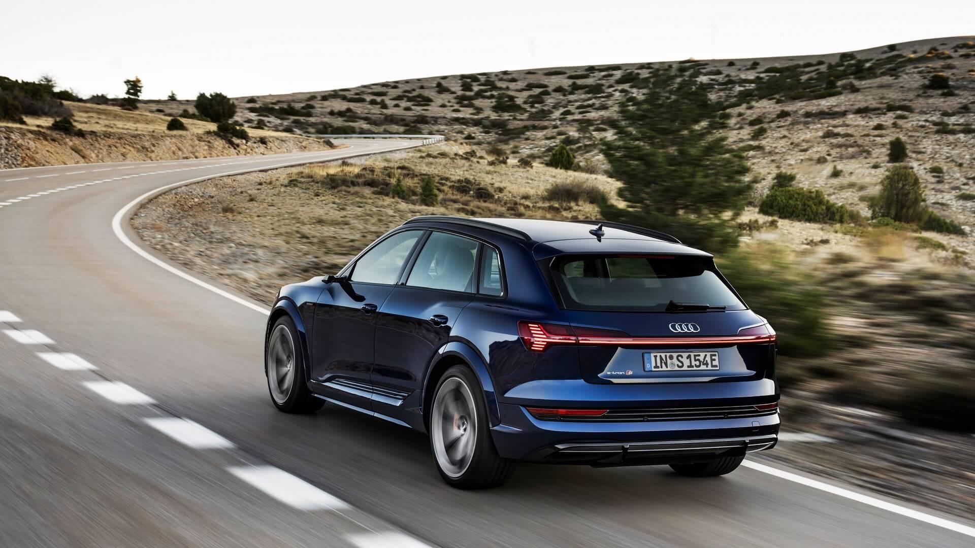 Audi-E-Tron-S-and-E-Tron-S-Sportback-2020-7
