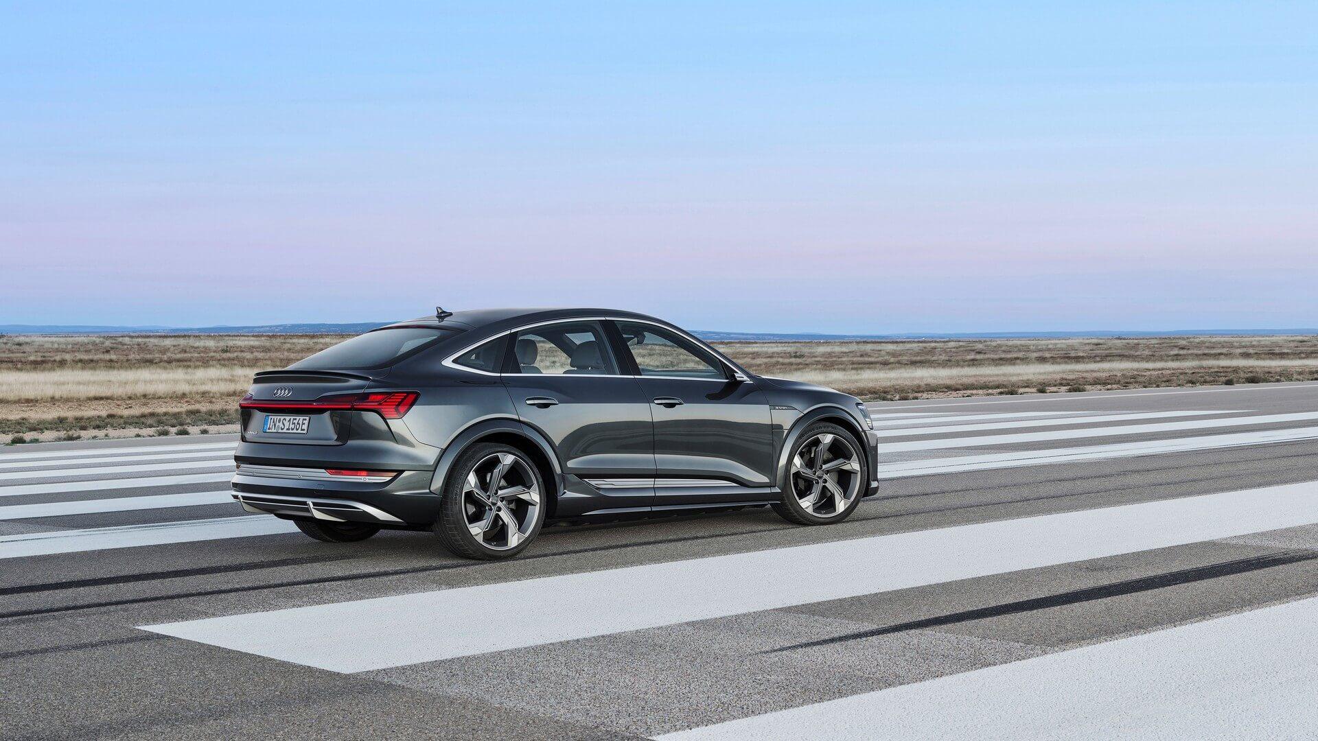 Audi-E-Tron-S-and-E-Tron-S-Sportback-2020-71