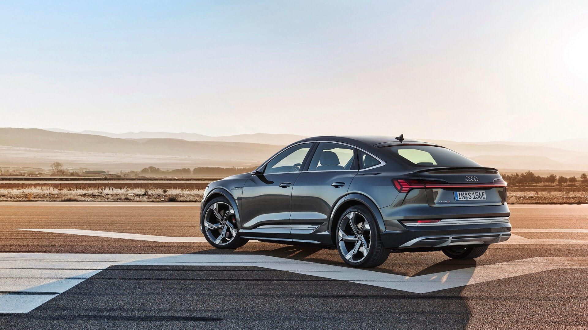 Audi-E-Tron-S-and-E-Tron-S-Sportback-2020-75