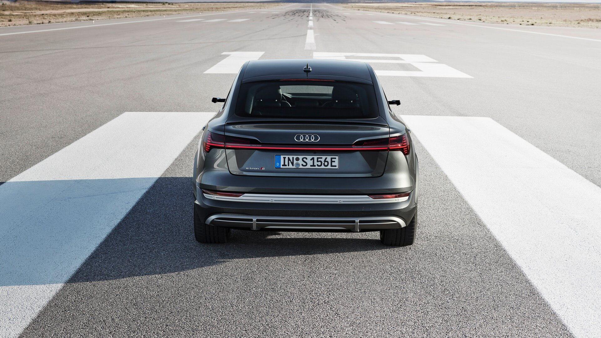Audi-E-Tron-S-and-E-Tron-S-Sportback-2020-76