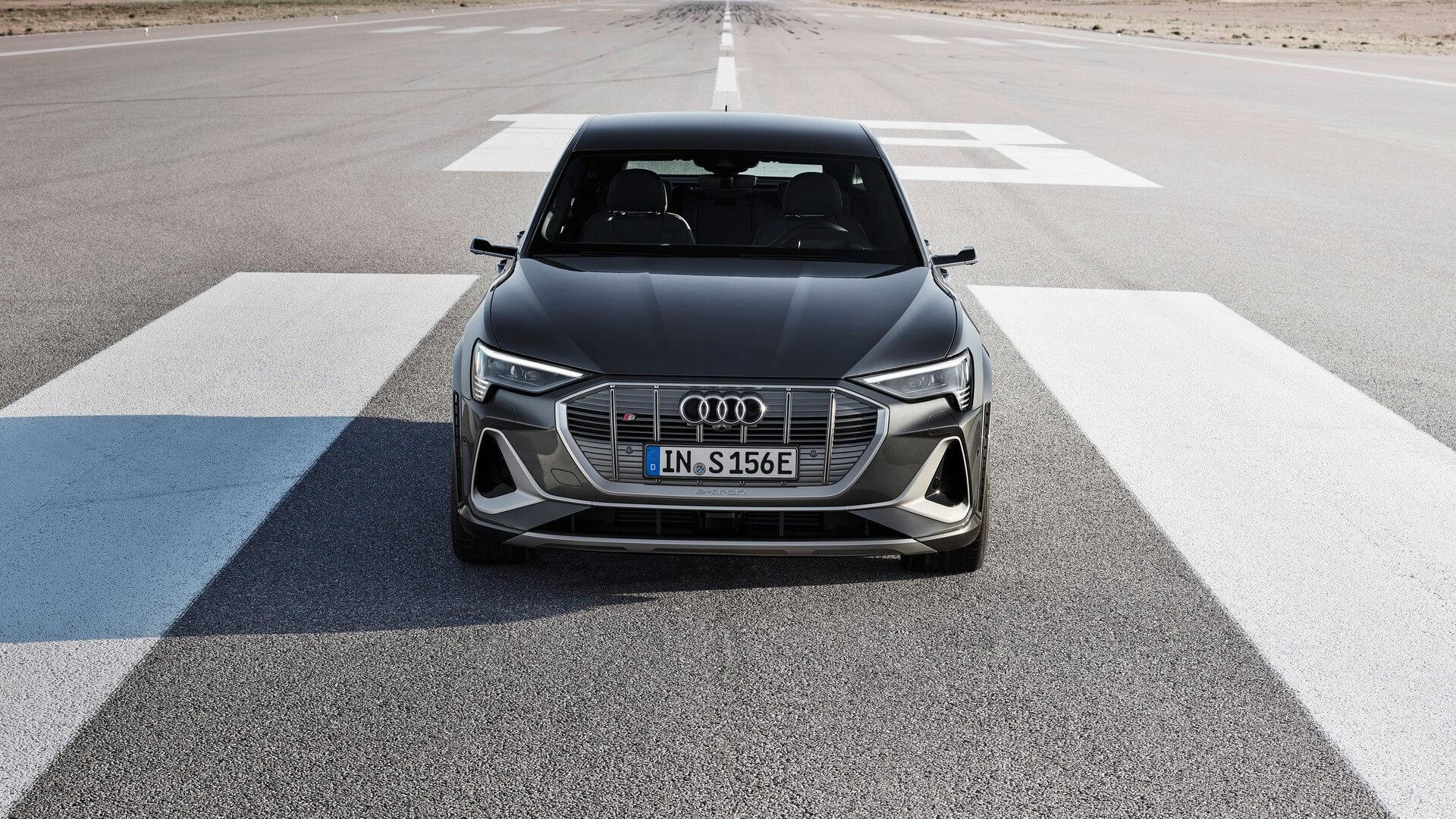 Audi-E-Tron-S-and-E-Tron-S-Sportback-2020-77