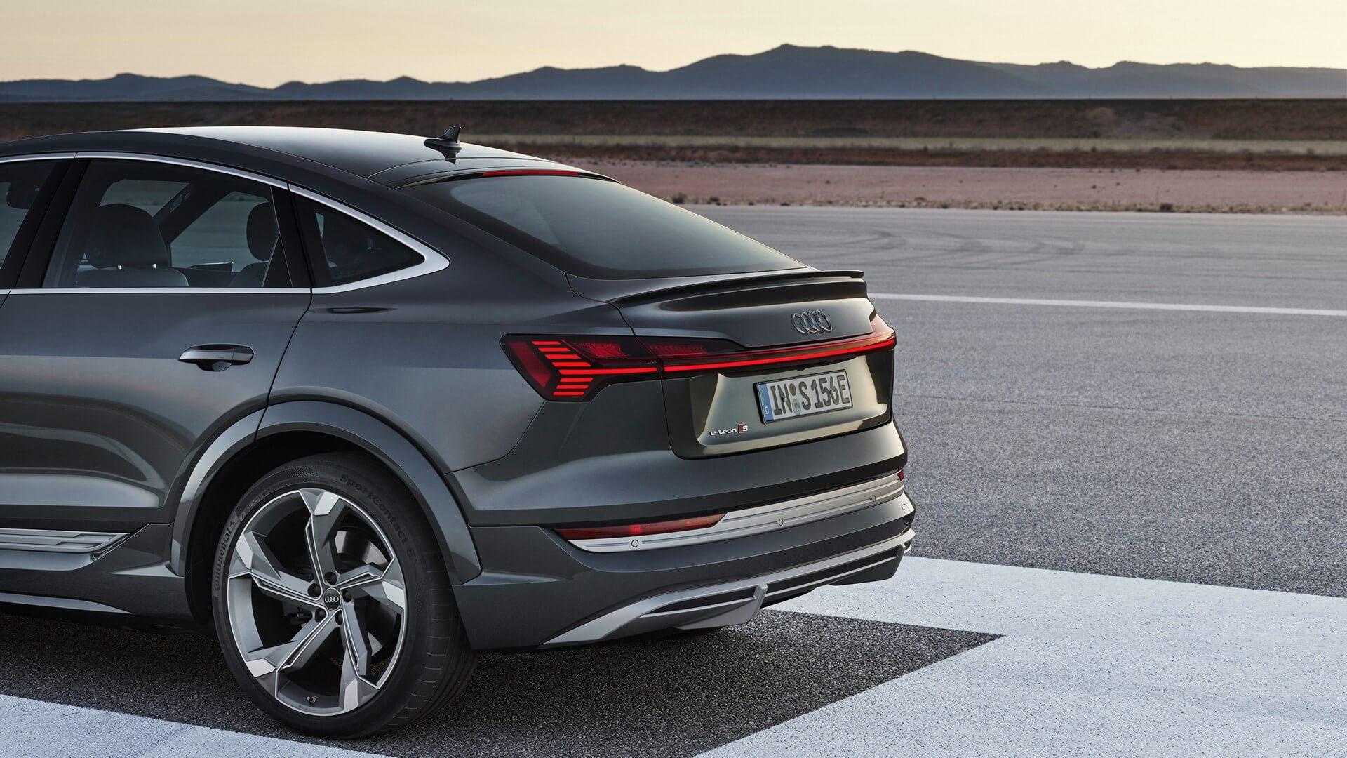 Audi-E-Tron-S-and-E-Tron-S-Sportback-2020-80