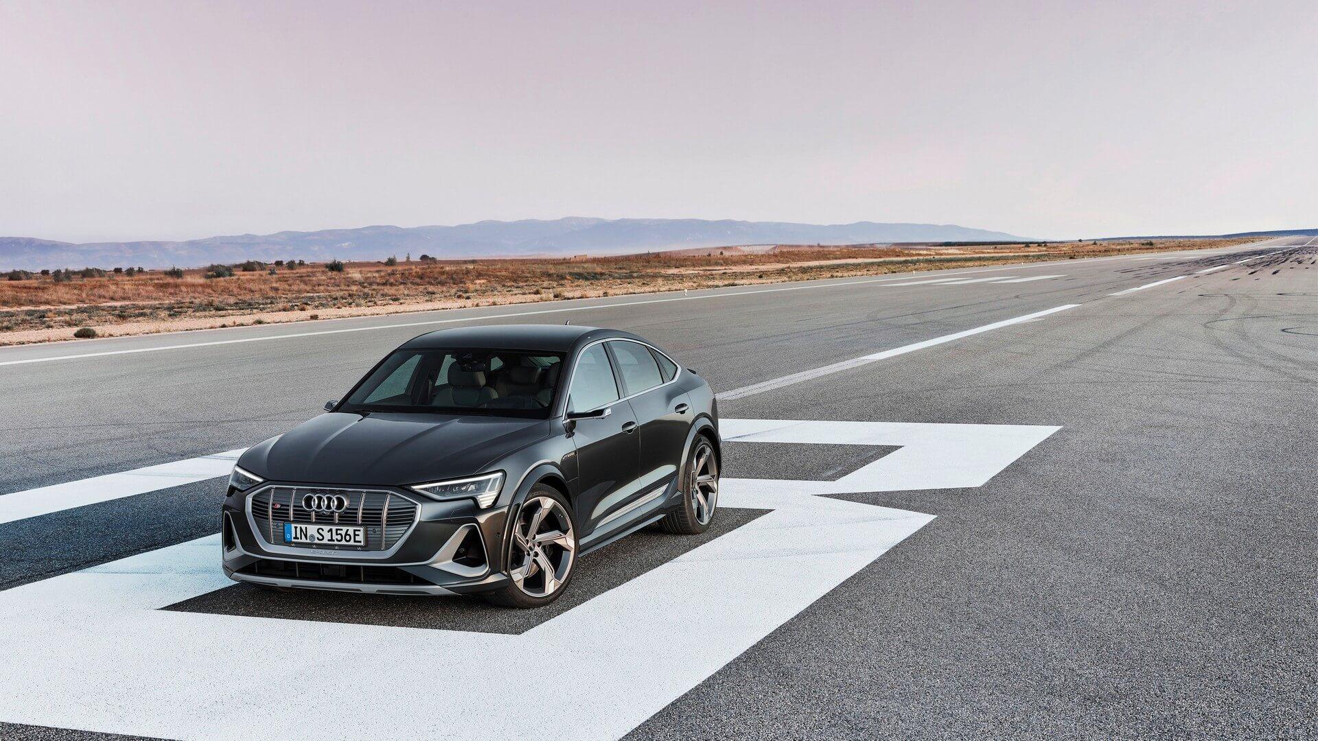 Audi-E-Tron-S-and-E-Tron-S-Sportback-2020-83