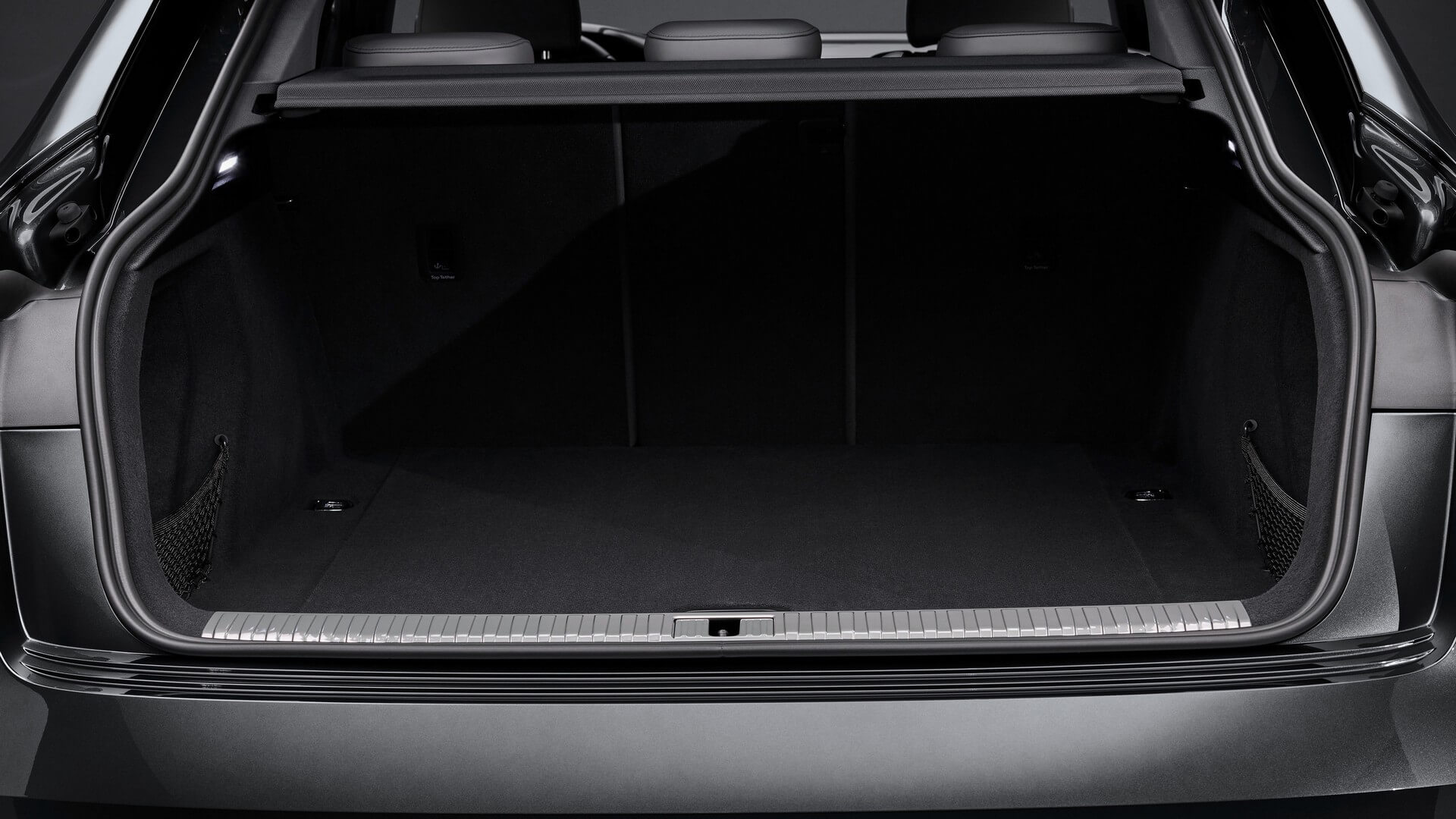 Audi-E-Tron-S-and-E-Tron-S-Sportback-2020-85