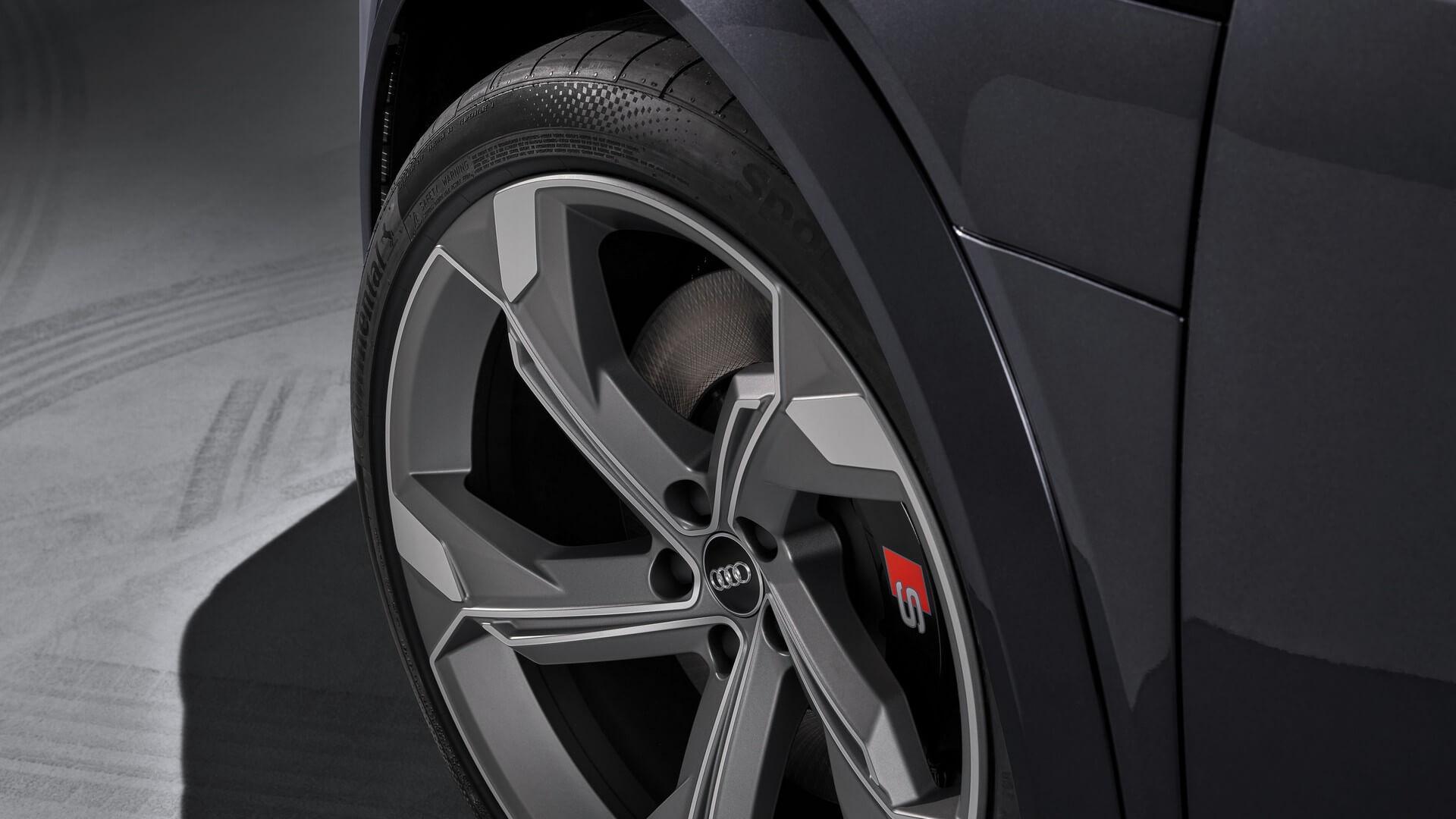 Audi-E-Tron-S-and-E-Tron-S-Sportback-2020-89
