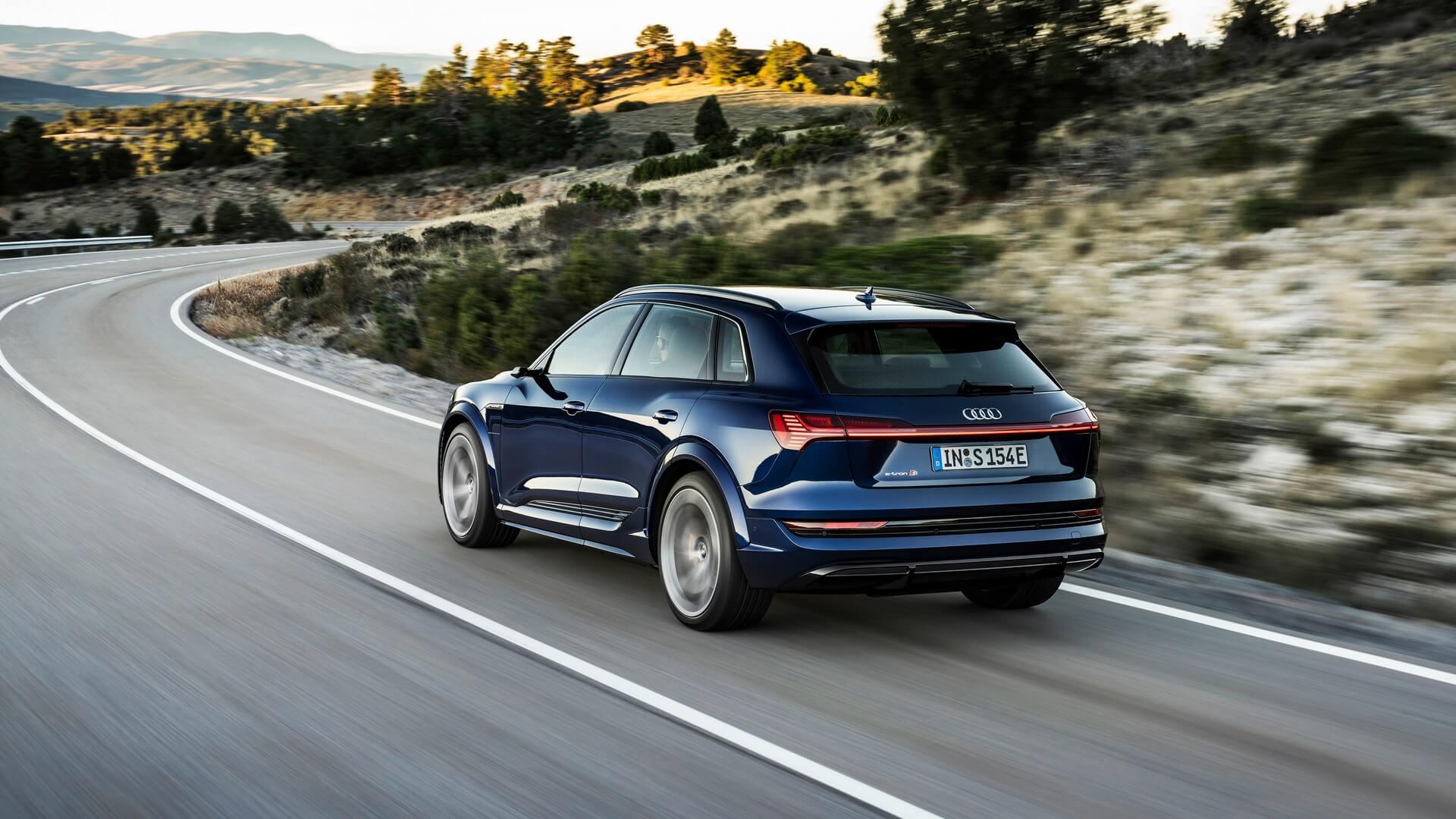 Audi-E-Tron-S-and-E-Tron-S-Sportback-2020-9