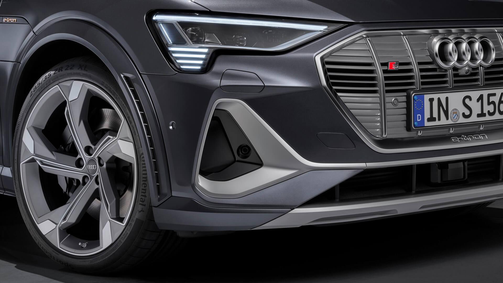 Audi-E-Tron-S-and-E-Tron-S-Sportback-2020-91