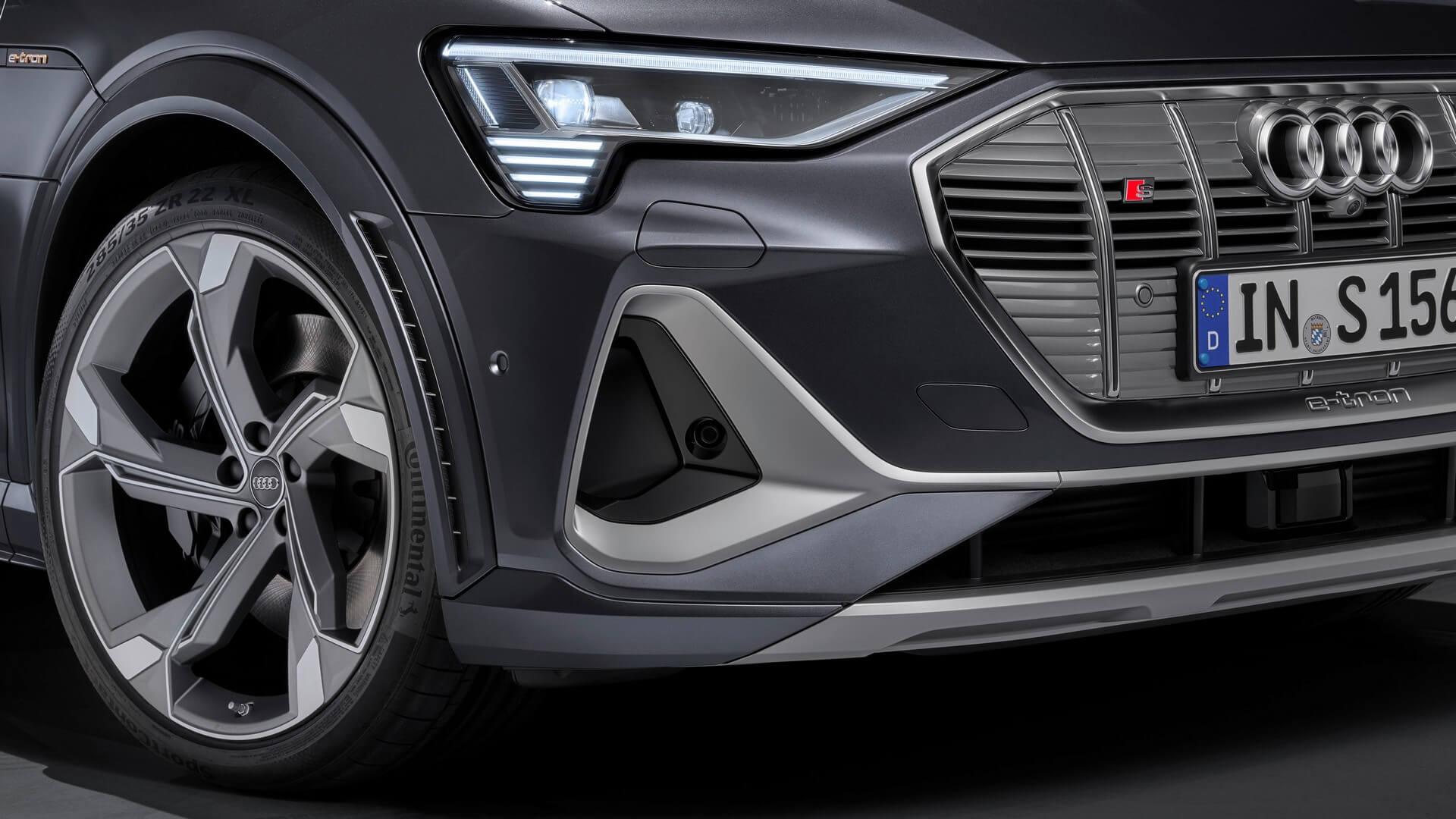 Audi-E-Tron-S-and-E-Tron-S-Sportback-2020-92