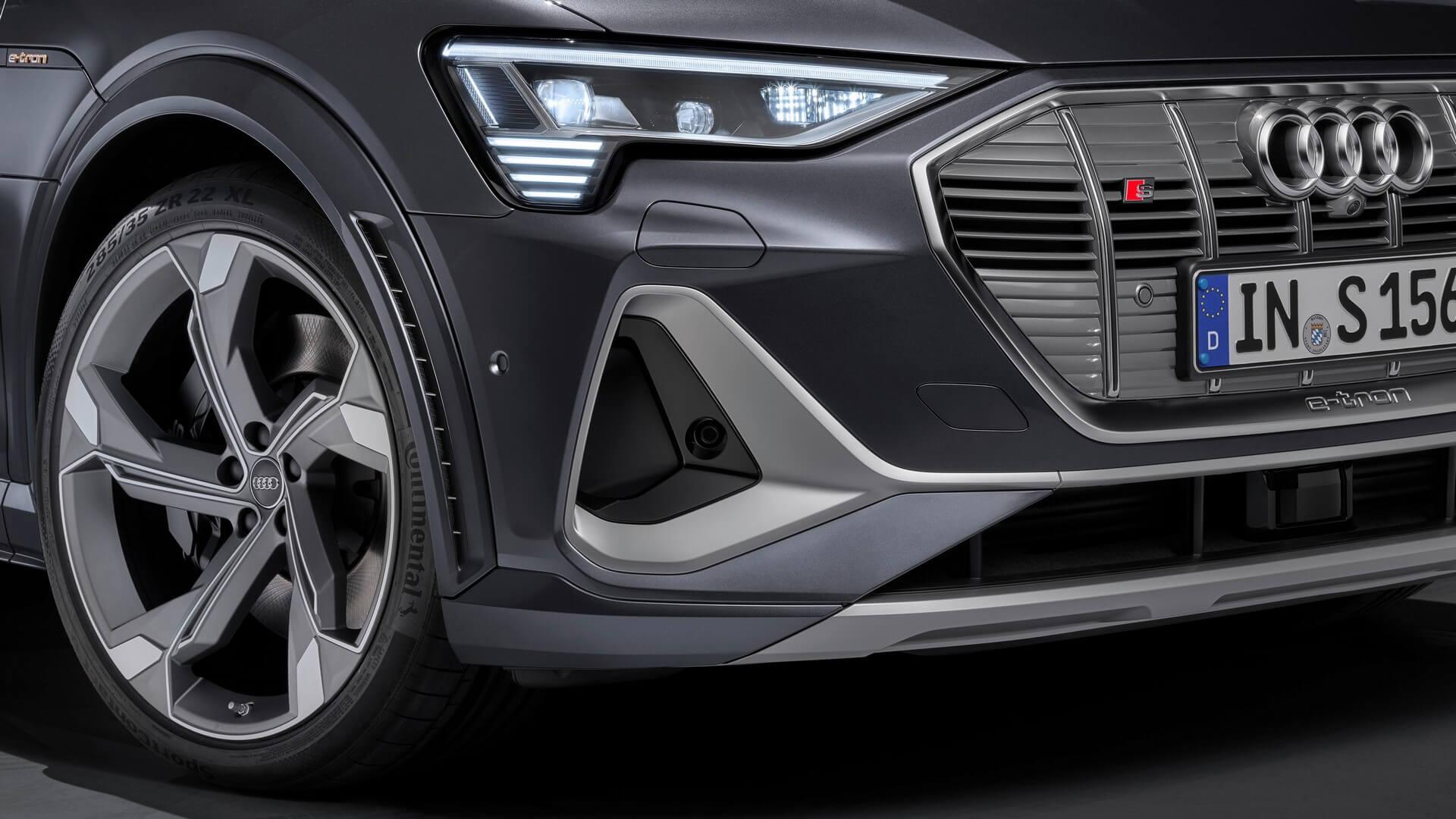 Audi-E-Tron-S-and-E-Tron-S-Sportback-2020-93