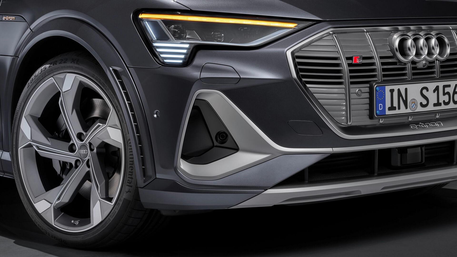 Audi-E-Tron-S-and-E-Tron-S-Sportback-2020-94