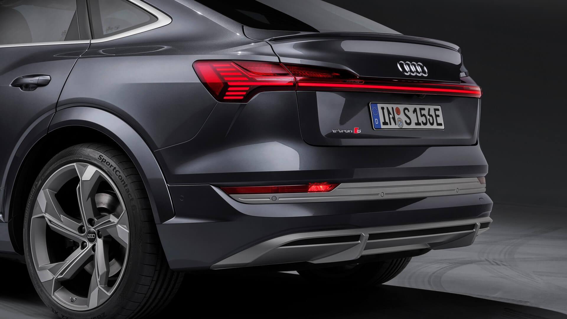 Audi-E-Tron-S-and-E-Tron-S-Sportback-2020-97