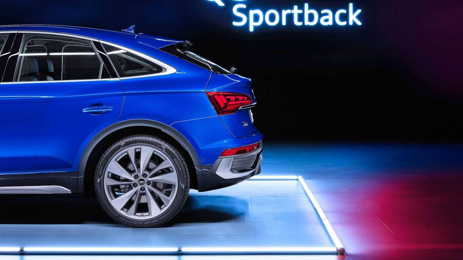 Audi-Q5-Sportback-25