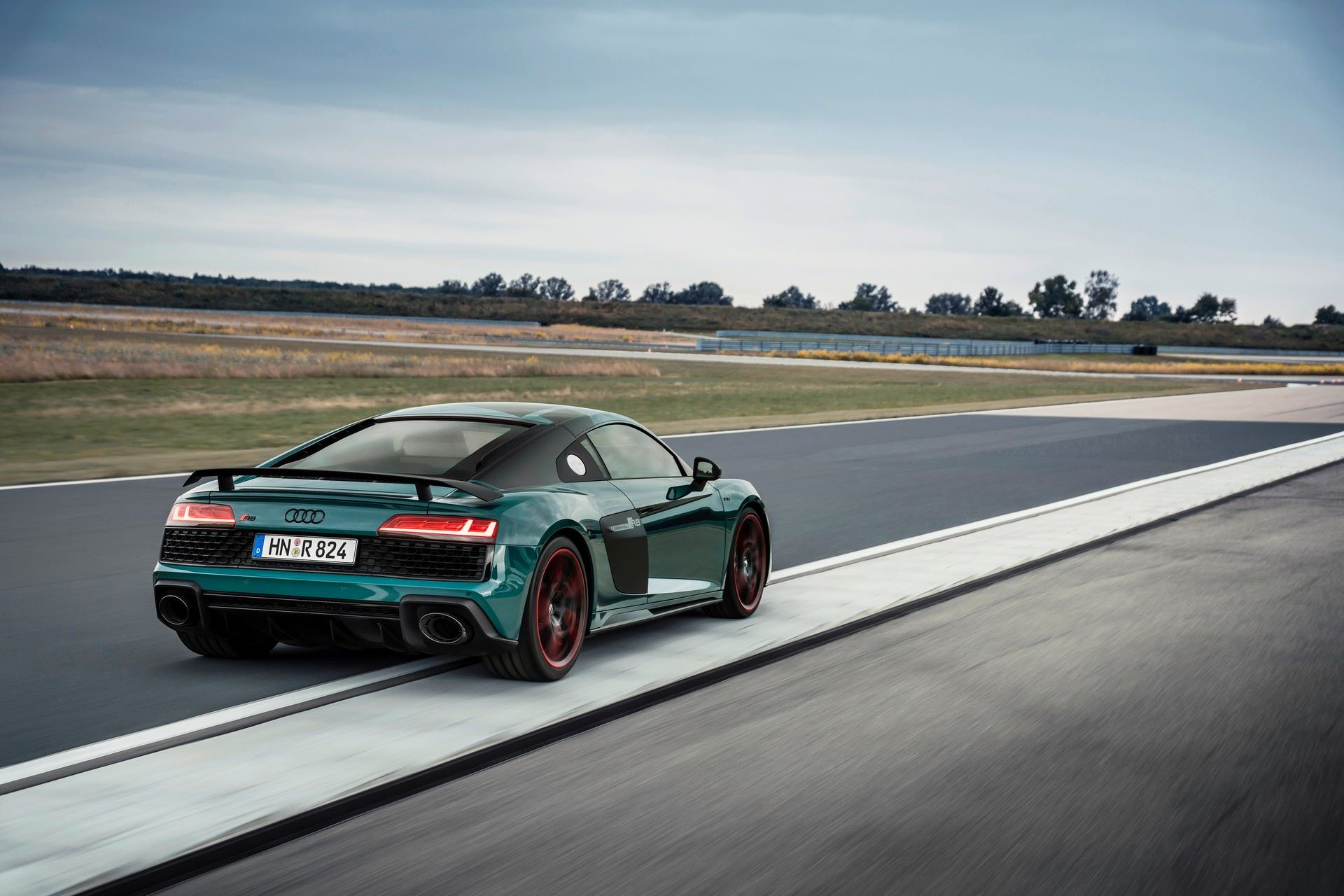 Audi-R8-Green-Hell-Edition-1