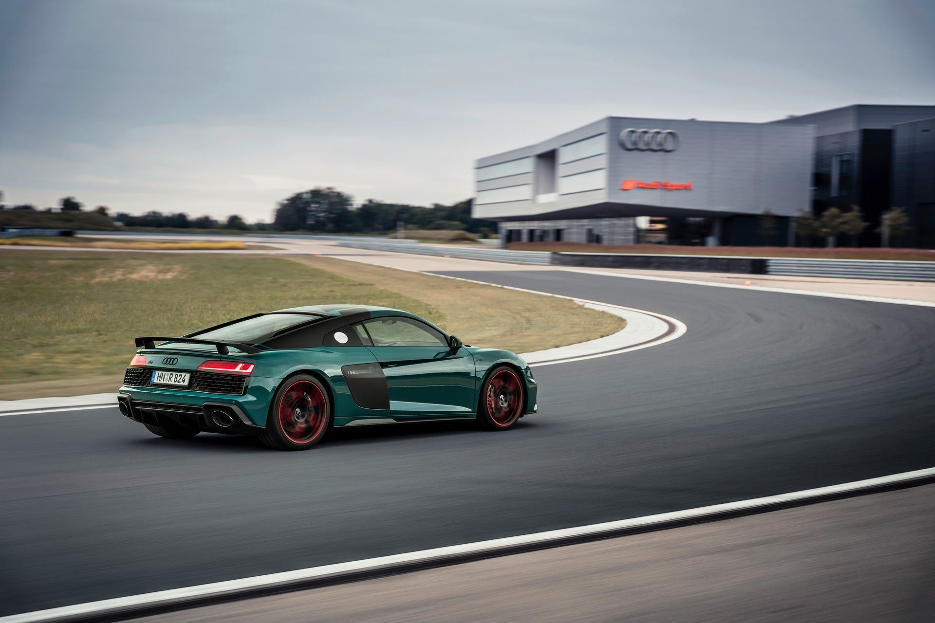 Audi-R8-Green-Hell-Edition-10