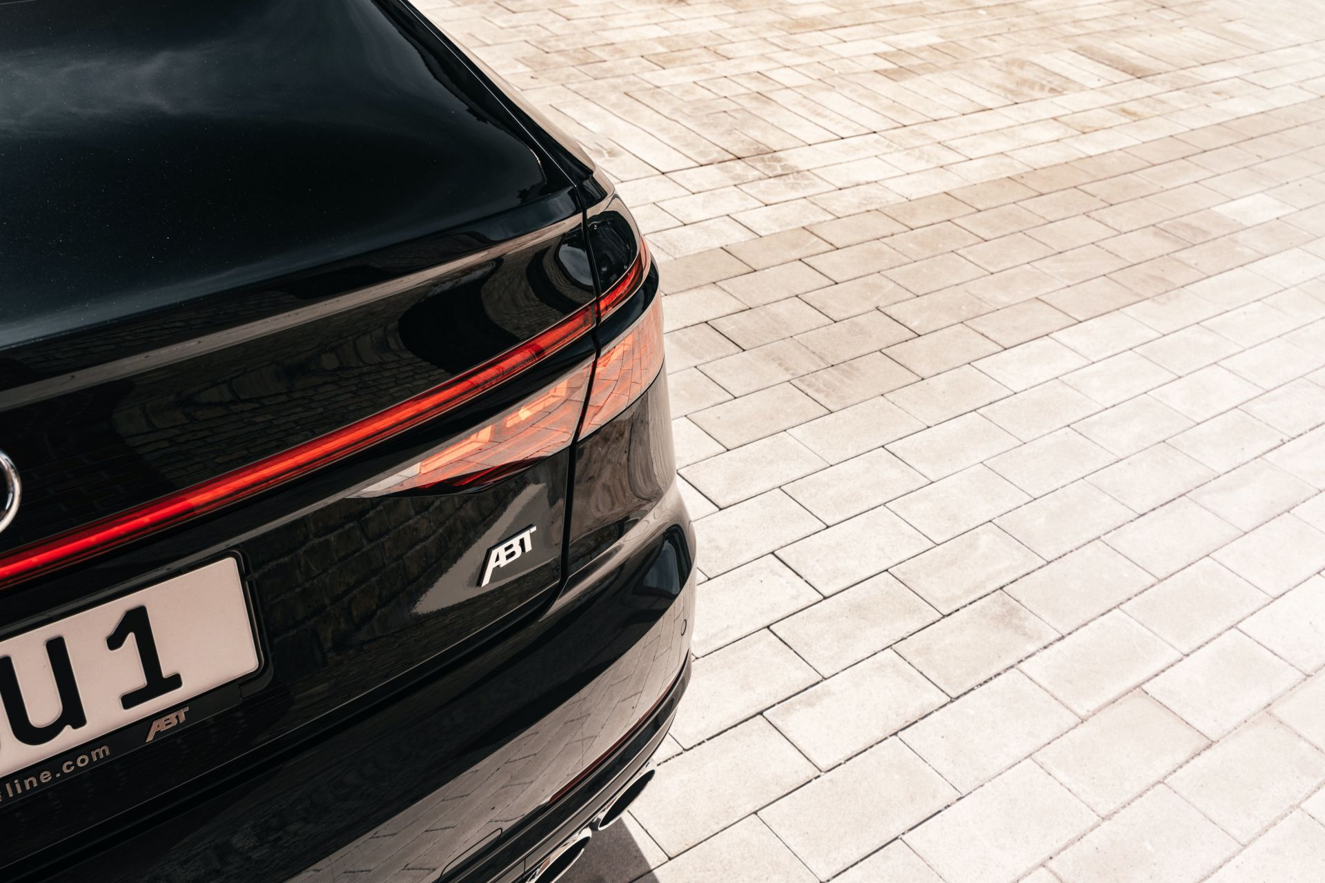 Audi-S8-by-ABT-Sportsline-1-5